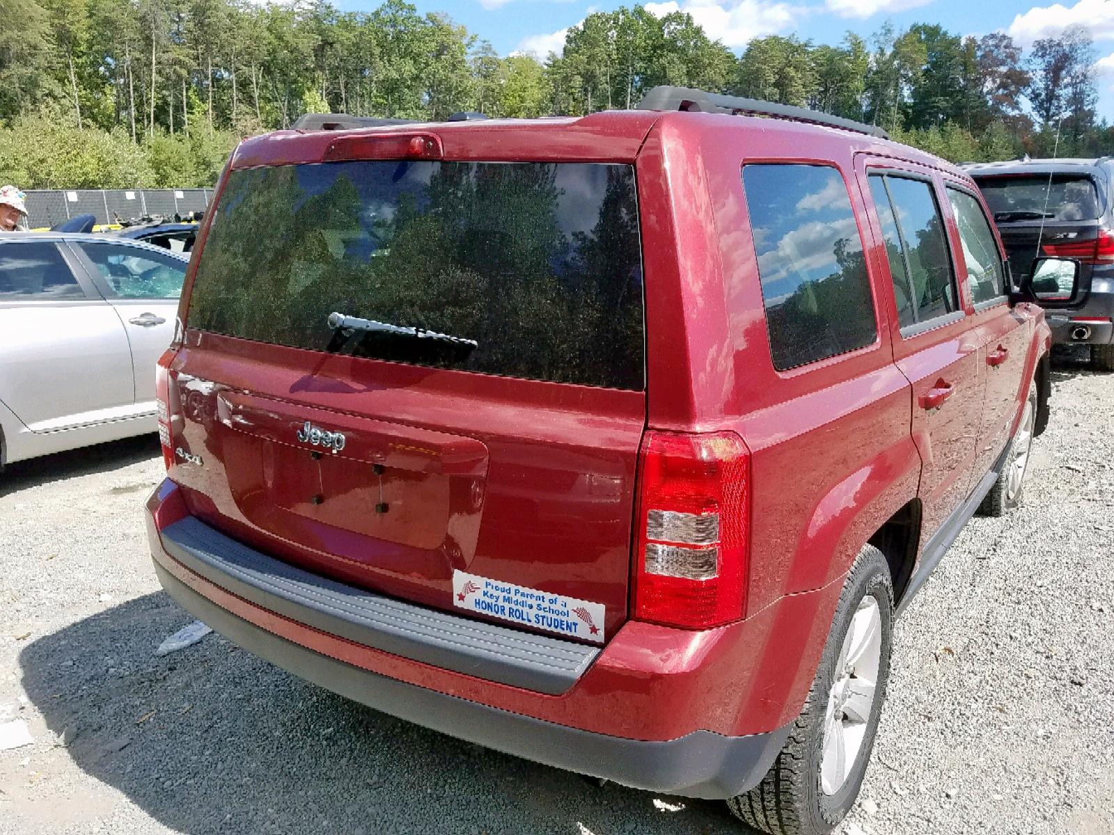 1C4NJRBB8DD225433 - 2013 Jeep Patriot Sp 2.4L rear view