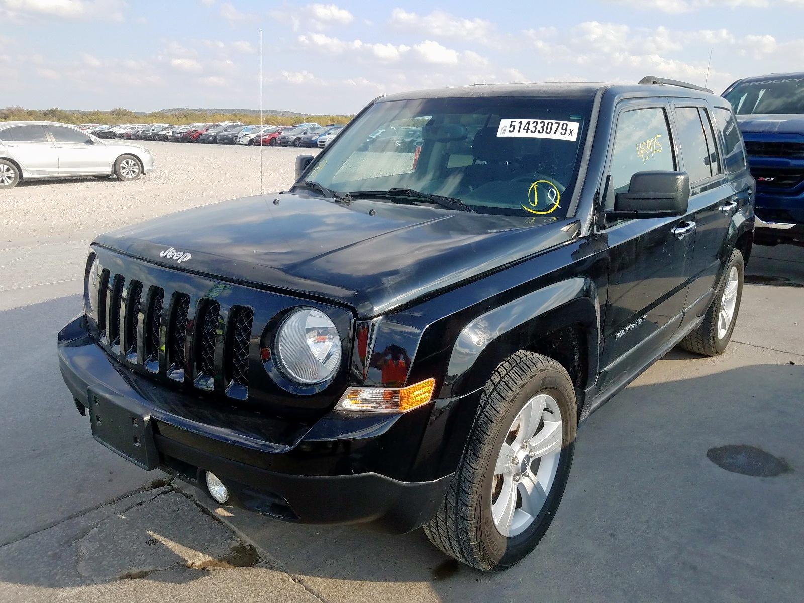 1C4NJPBB3DD213677 - 2013 Jeep Patriot Sp 2.4L Right View