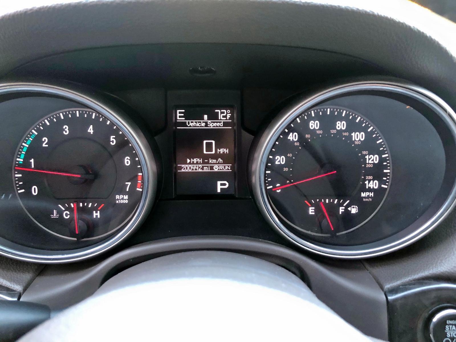 1J4RR4GGXBC525697 - 2011 Jeep Grand Cher 3.6L