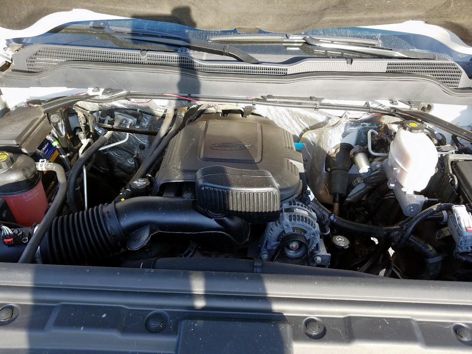 1GC1CVEG1GF279626 - 2016 Chevrolet Silverado 6.0L inside view