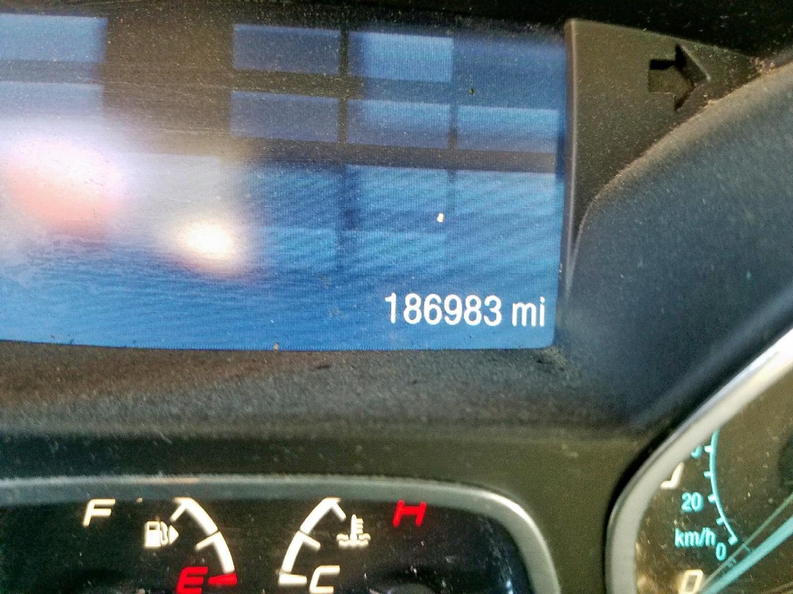 1FMCU9GX2DUD24425 - 2013 Ford Escape Se 1.6L front view