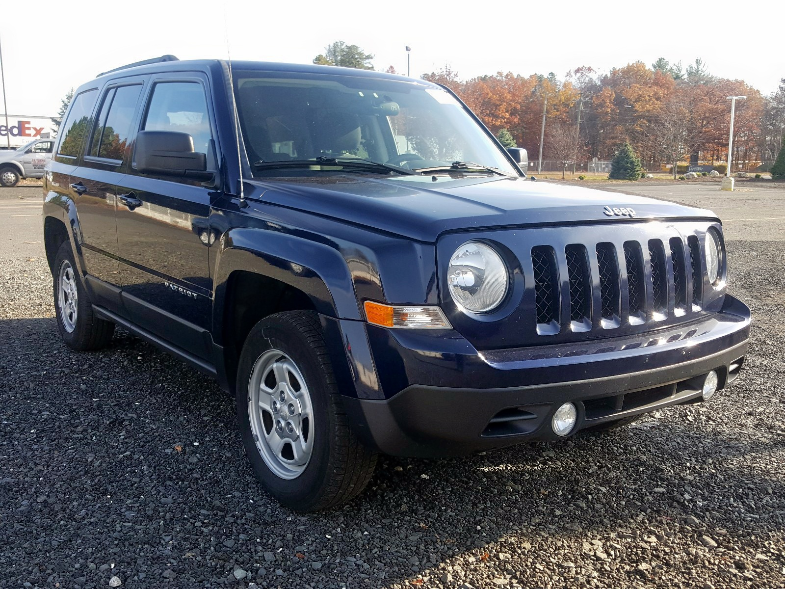 2015 Jeep Patriot Sp 2.4L Left View
