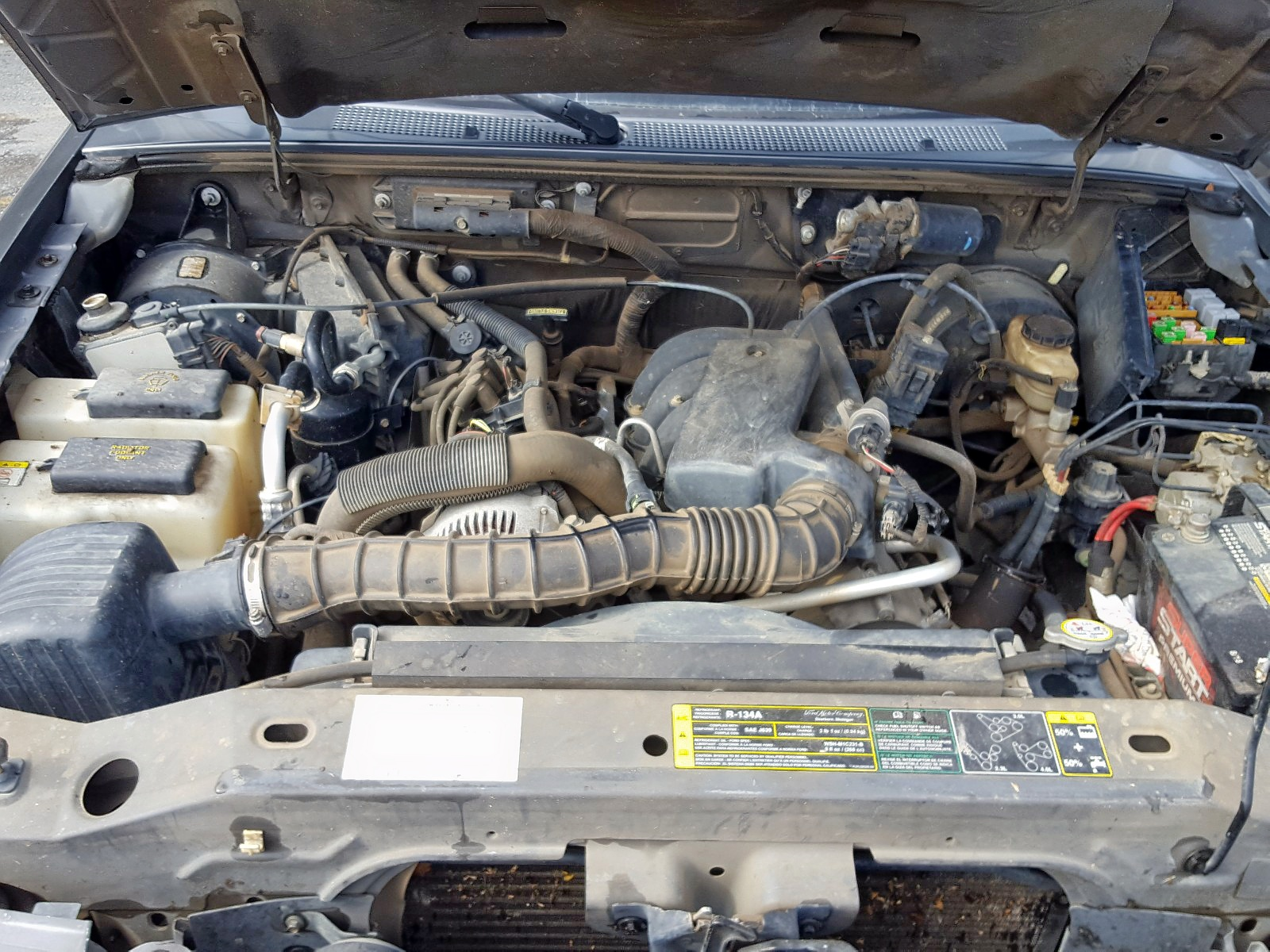 1FTYR10U46PA64835 - 2006 Ford Ranger 3.0L inside view