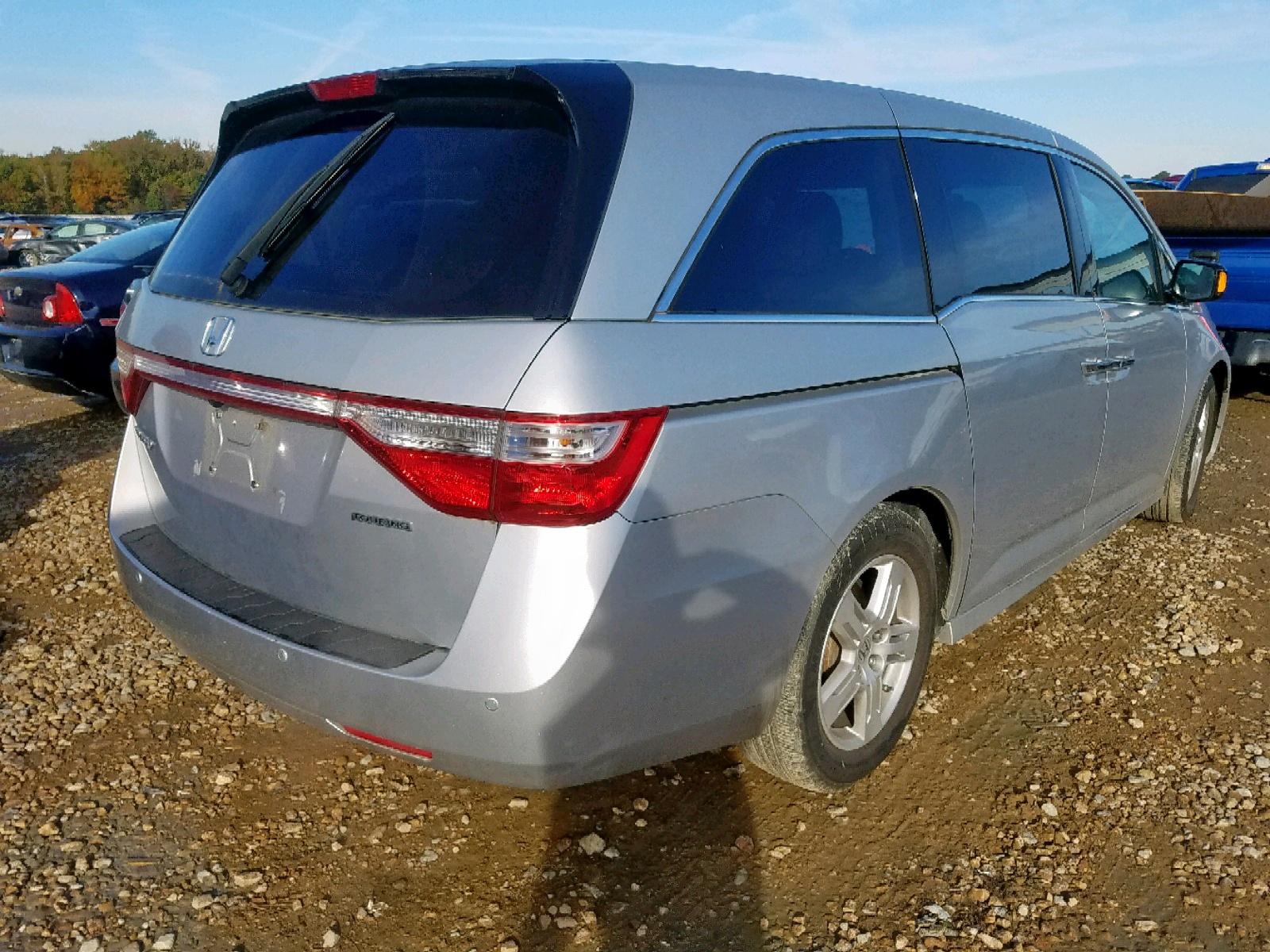 2013 Honda Odyssey To 3.5L rear view