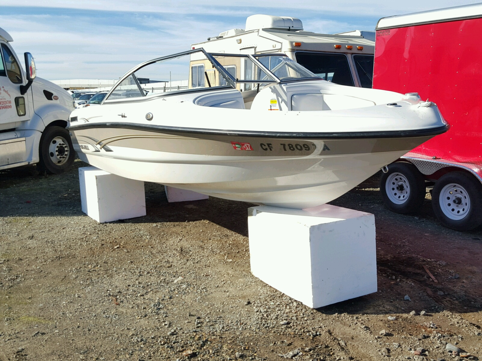Salvage 2009 Reinell MARINE TRAILER for sale