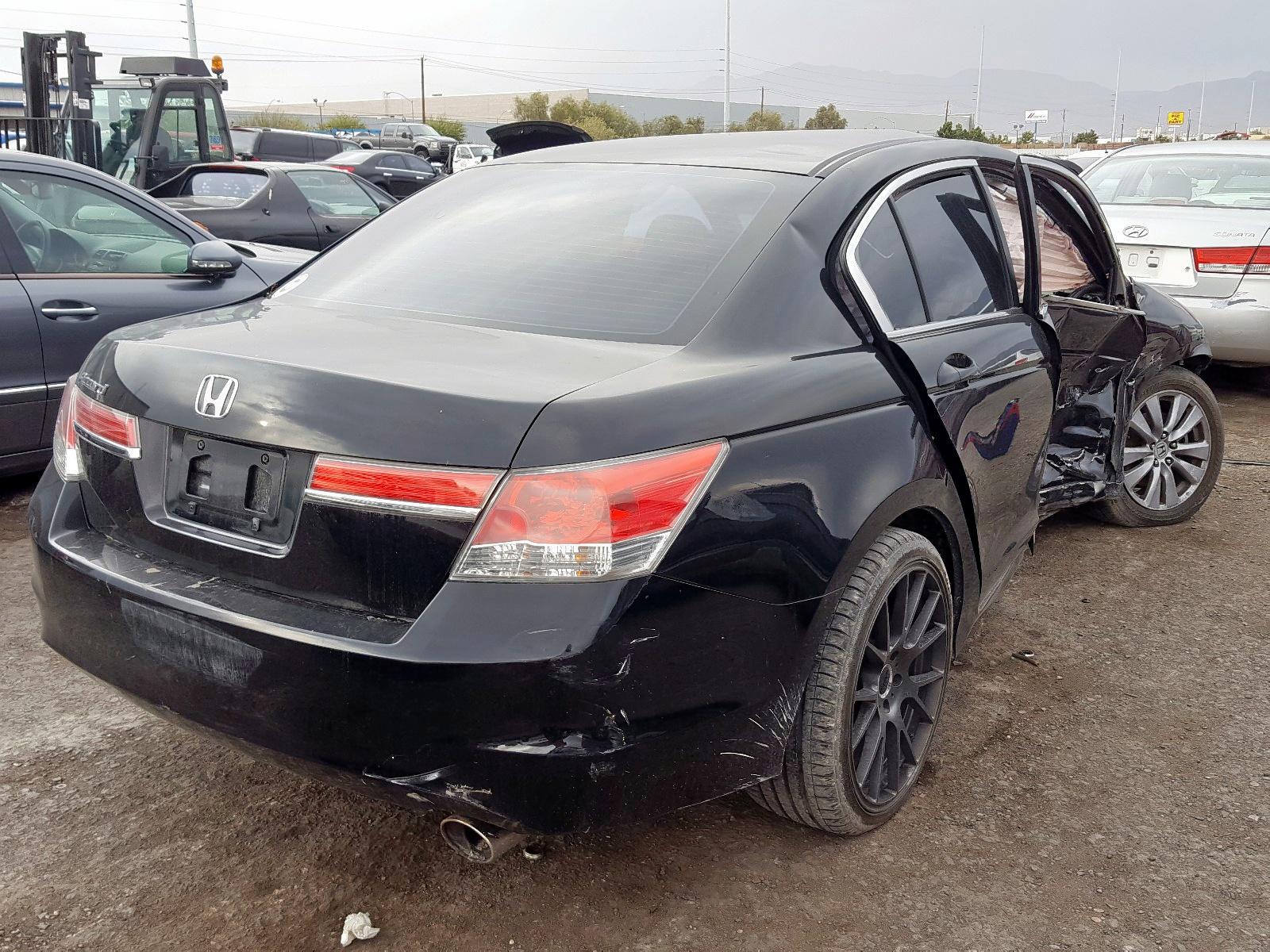 2011 Honda Accord Ex 2.4L rear view