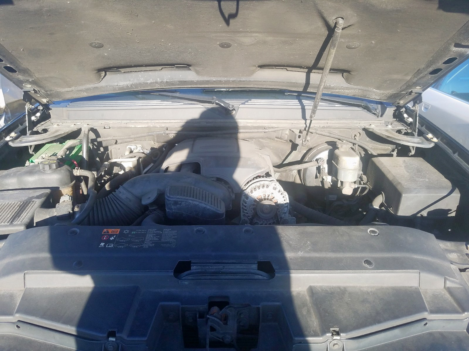 2012 Chevrolet Suburban K 5.3L inside view
