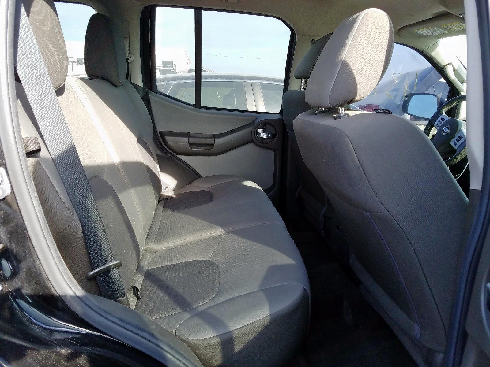 5N1AN0NU5FN650239 - 2015 Nissan Xterra X 4.0L detail view