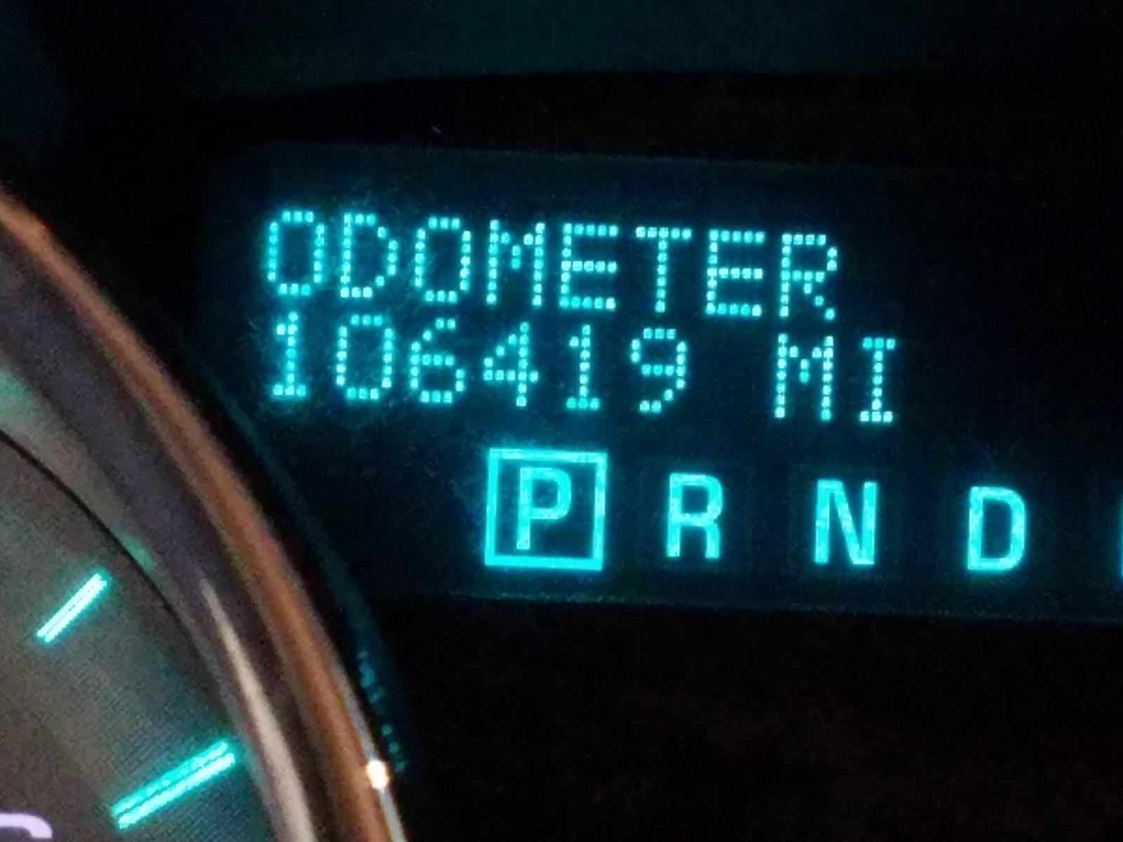 1GNKRGED4BJ124134 - 2011 Chevrolet Traverse L 3.6L front view
