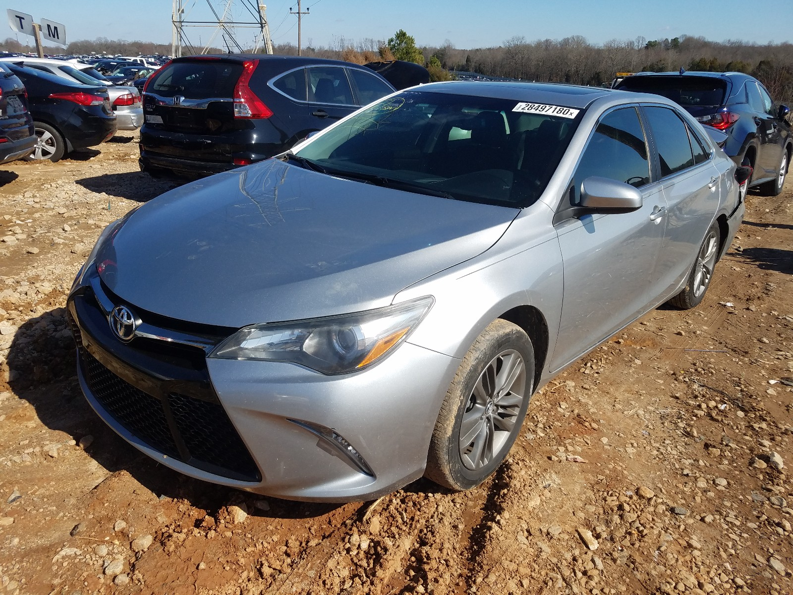 4T1BF1FK0FU912386 - 2015 Toyota Camry Le 2.5L Right View