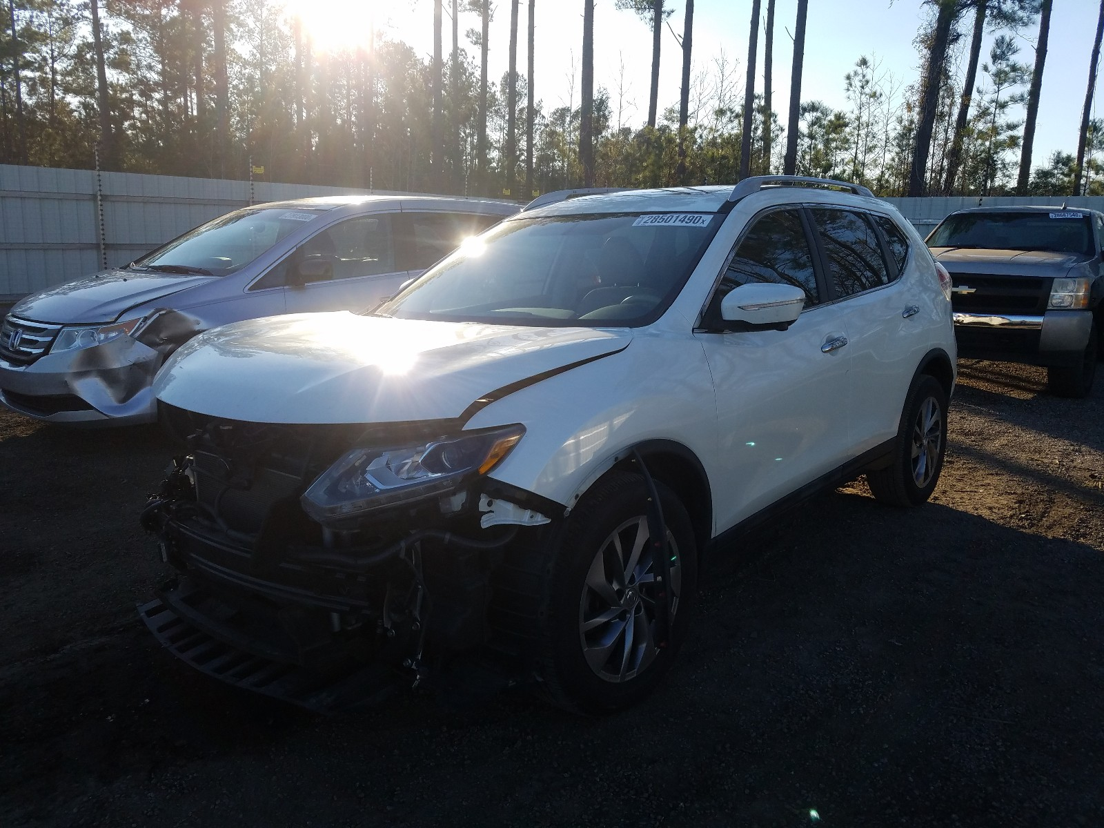 5N1AT2MT0FC814115 - 2015 Nissan Rogue S 2.5L Right View