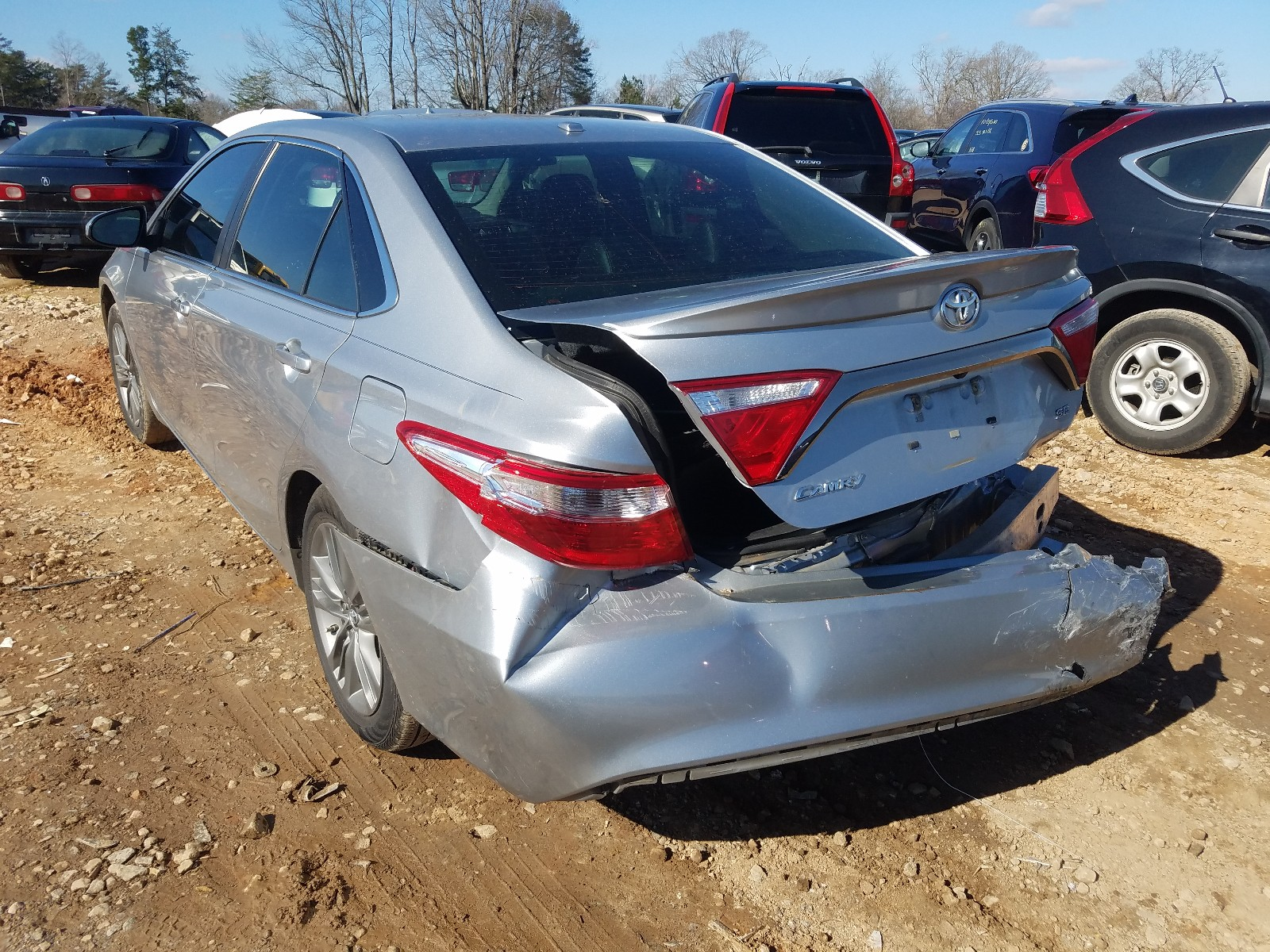 4T1BF1FK0FU912386 - 2015 Toyota Camry Le 2.5L [Angle] View