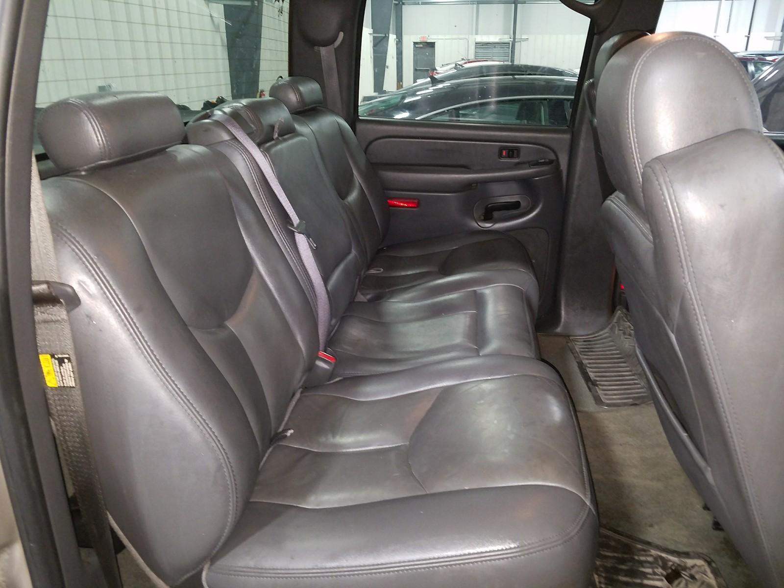 2GCEK13T861244276 - 2006 Chevrolet Silverado 5.3L detail view