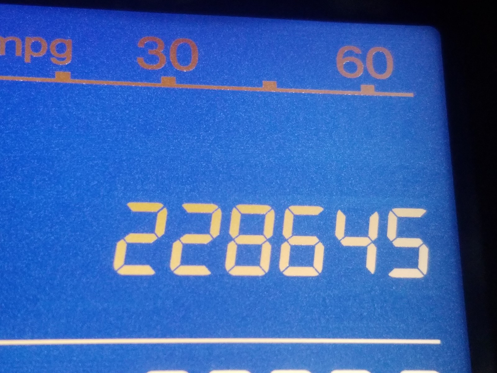 3CZRE4H5XAG700888 - 2010 Honda Cr-V Ex 2.4L front view