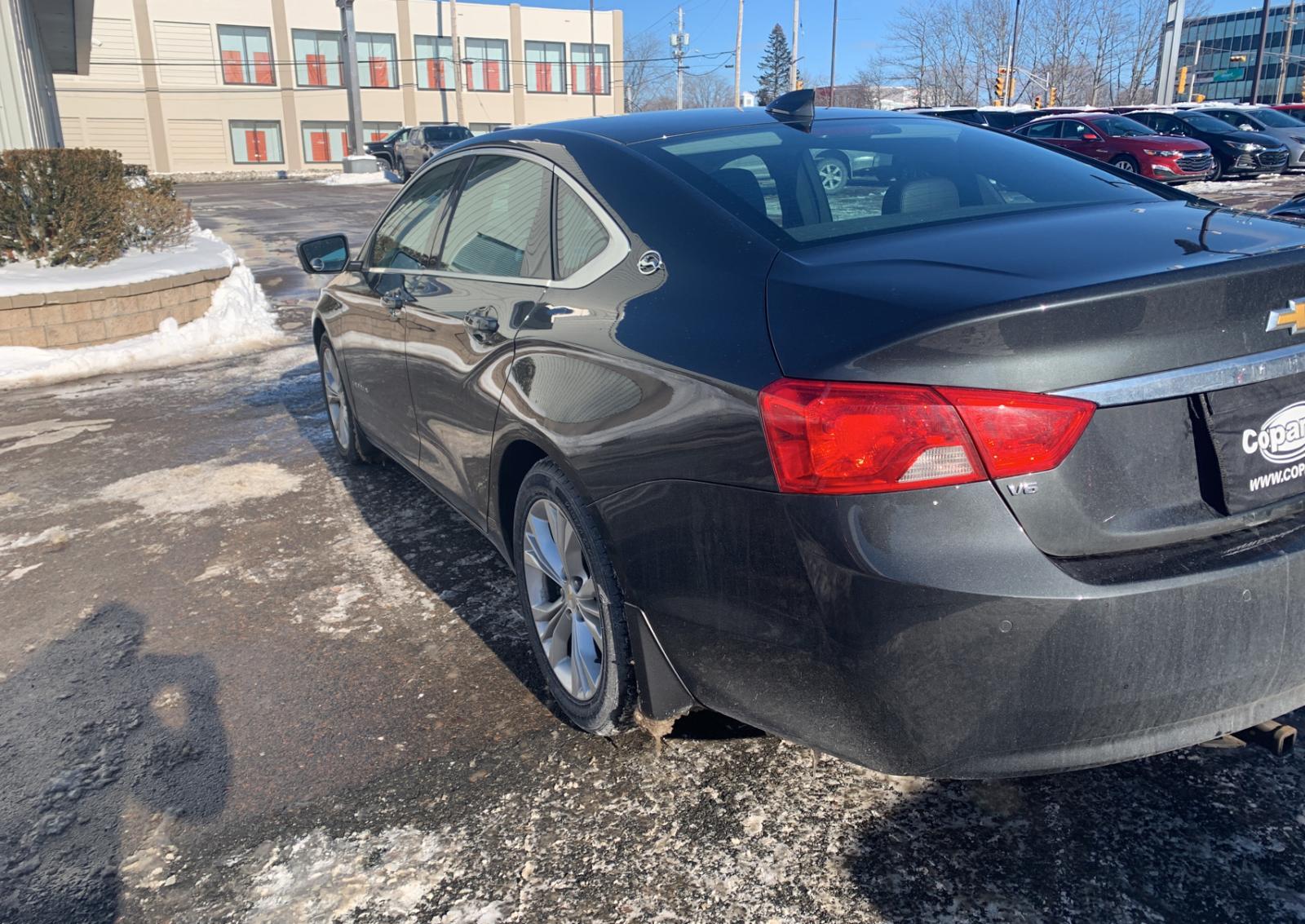 2G1125S37F9185464 - 2015 Chevrolet Impala Lt 3.6L [Angle] View