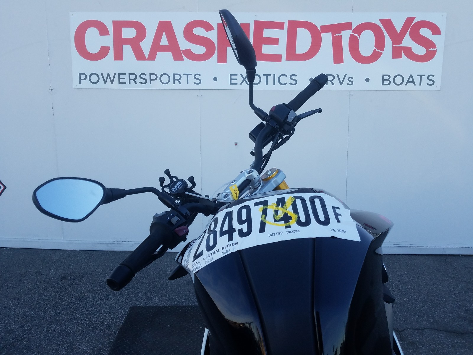 WB30G1105KR857854 - 2019 Bmw G310 R 1 front view