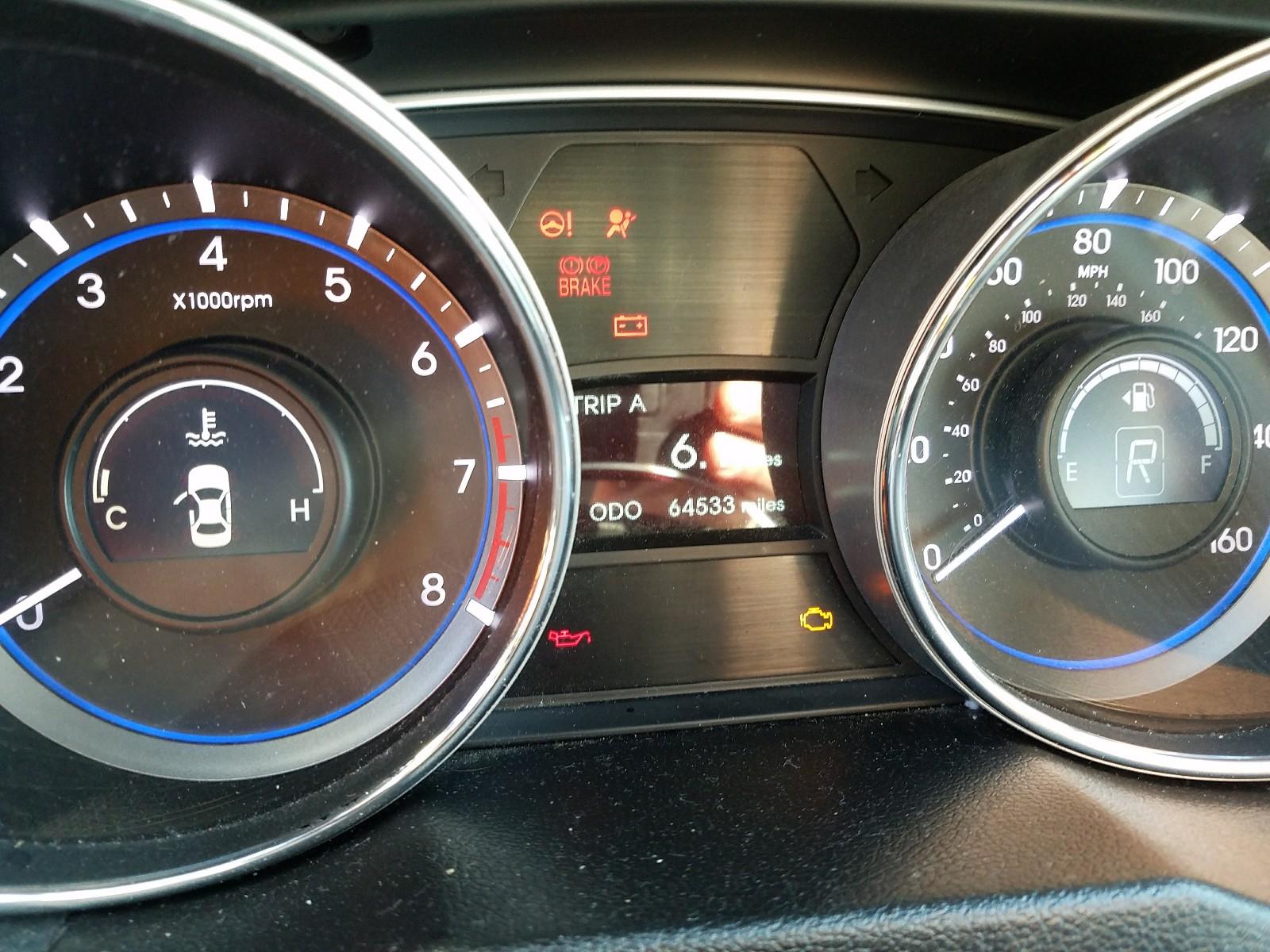5NPEB4AC7EH889924 - 2014 Hyundai Sonata Gls 2.4L front view