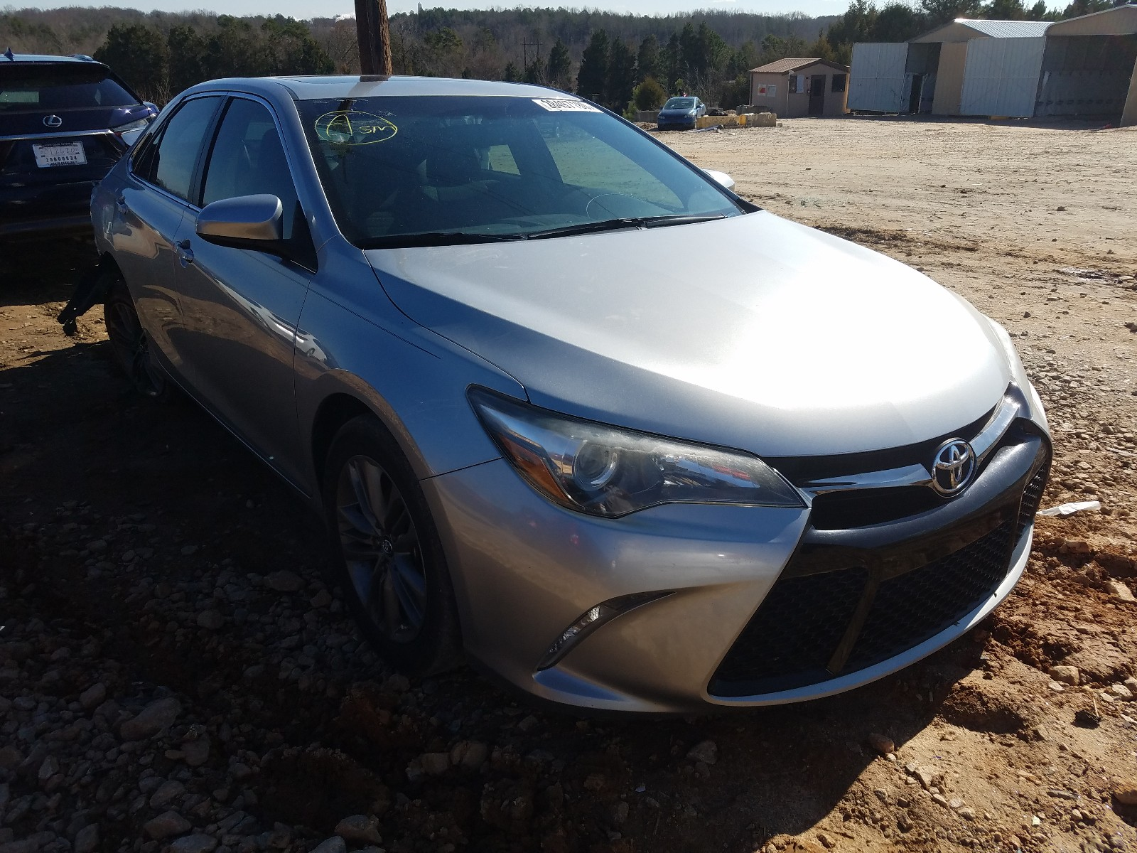 4T1BF1FK0FU912386 - 2015 Toyota Camry Le 2.5L Left View
