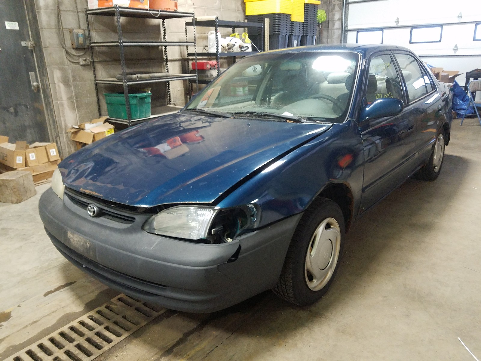 1NXBR18E7WZ129256 - 1998 Toyota Corolla Ve 1.8L Right View