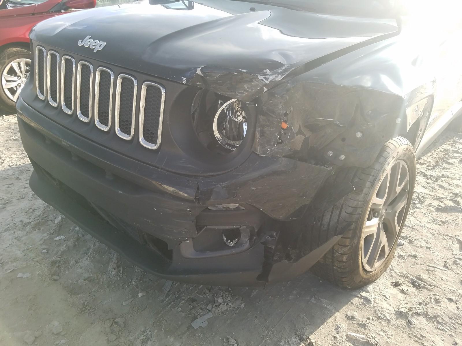 ZACCJABT0GPD53589 - 2016 Jeep Renegade L 2.4L engine view