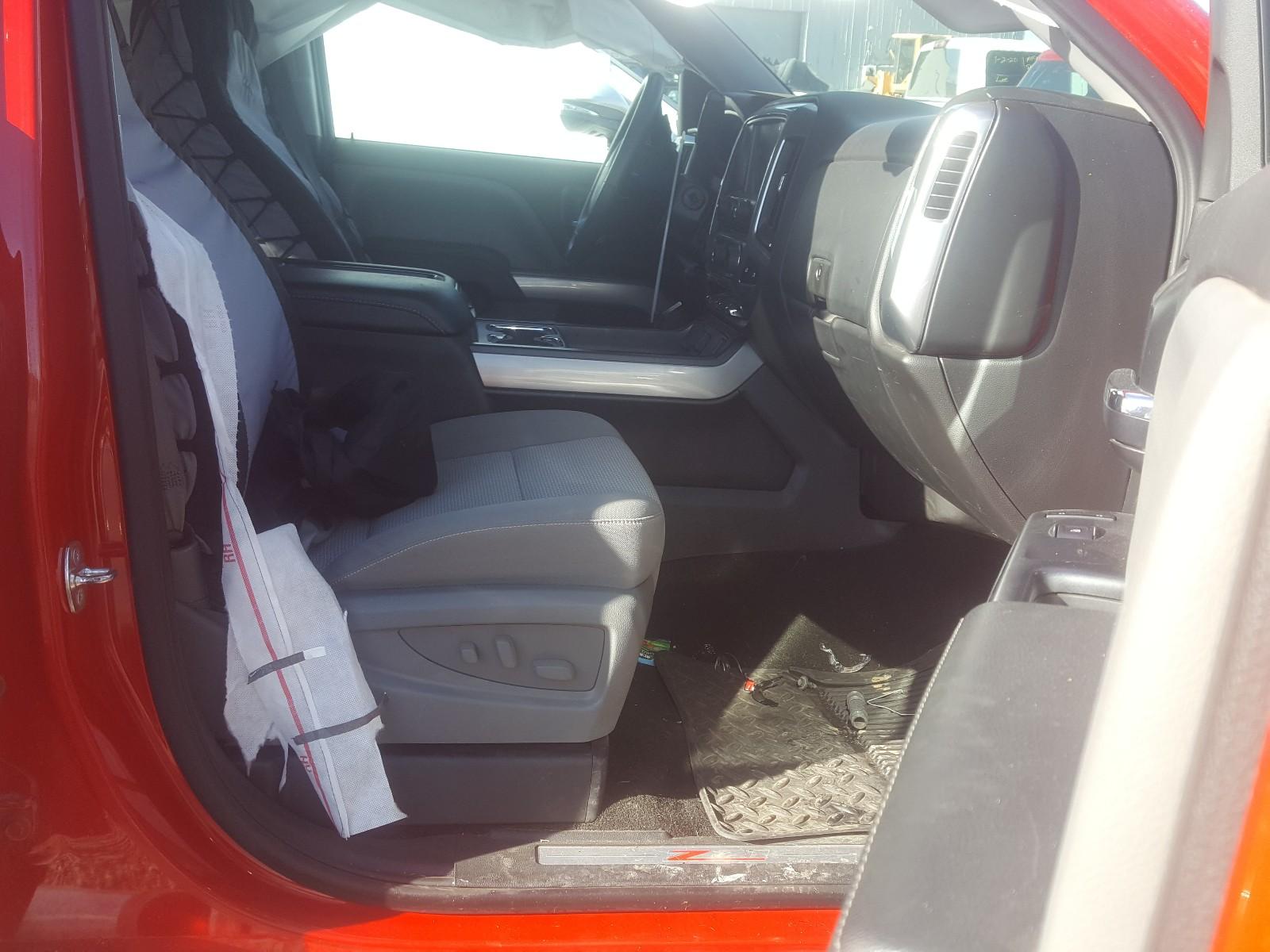 3GCUKREC0EG546934 - 2014 Chevrolet Silverado 5.3L close up View