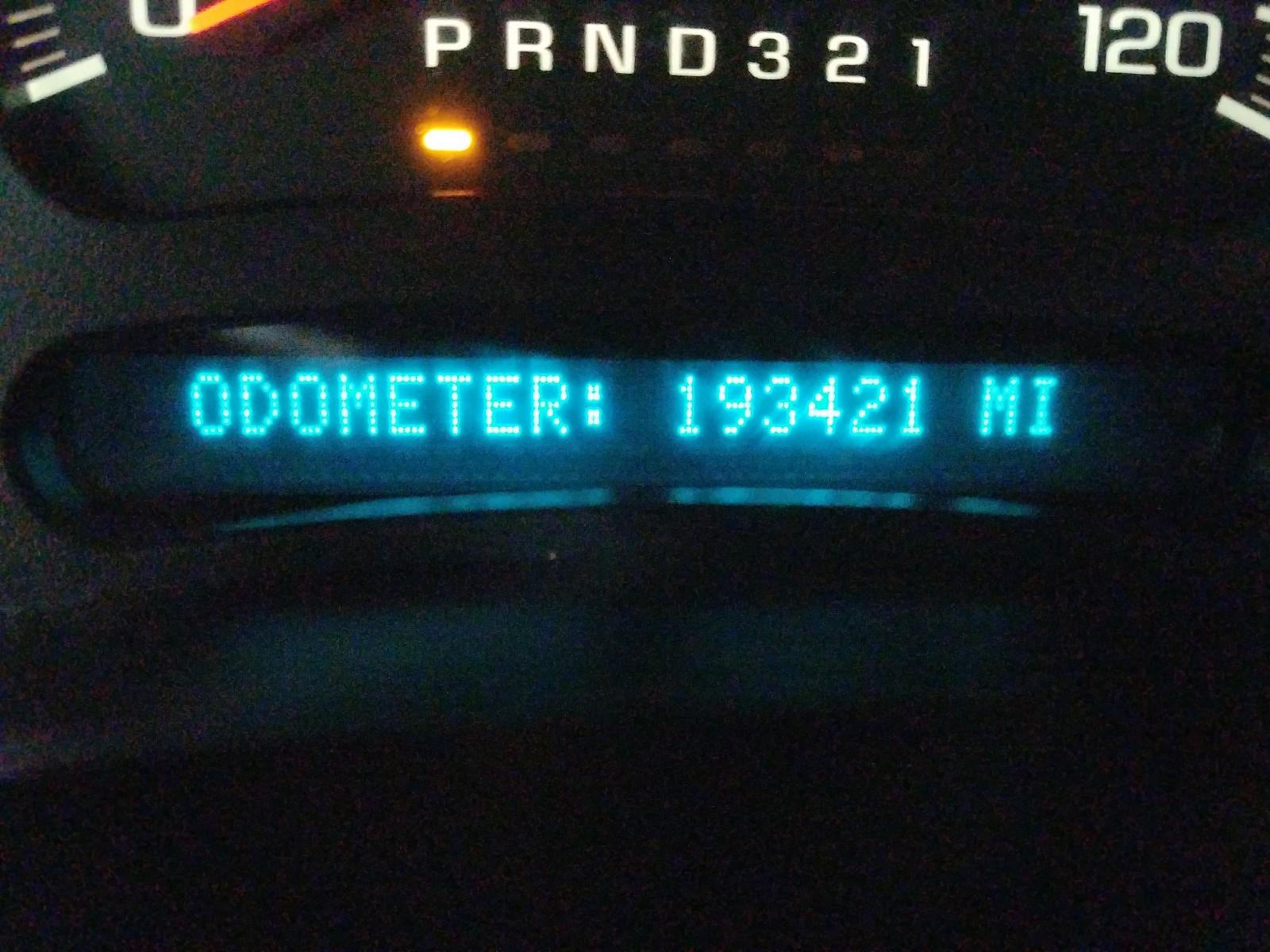 2GCEK13T861244276 - 2006 Chevrolet Silverado 5.3L front view