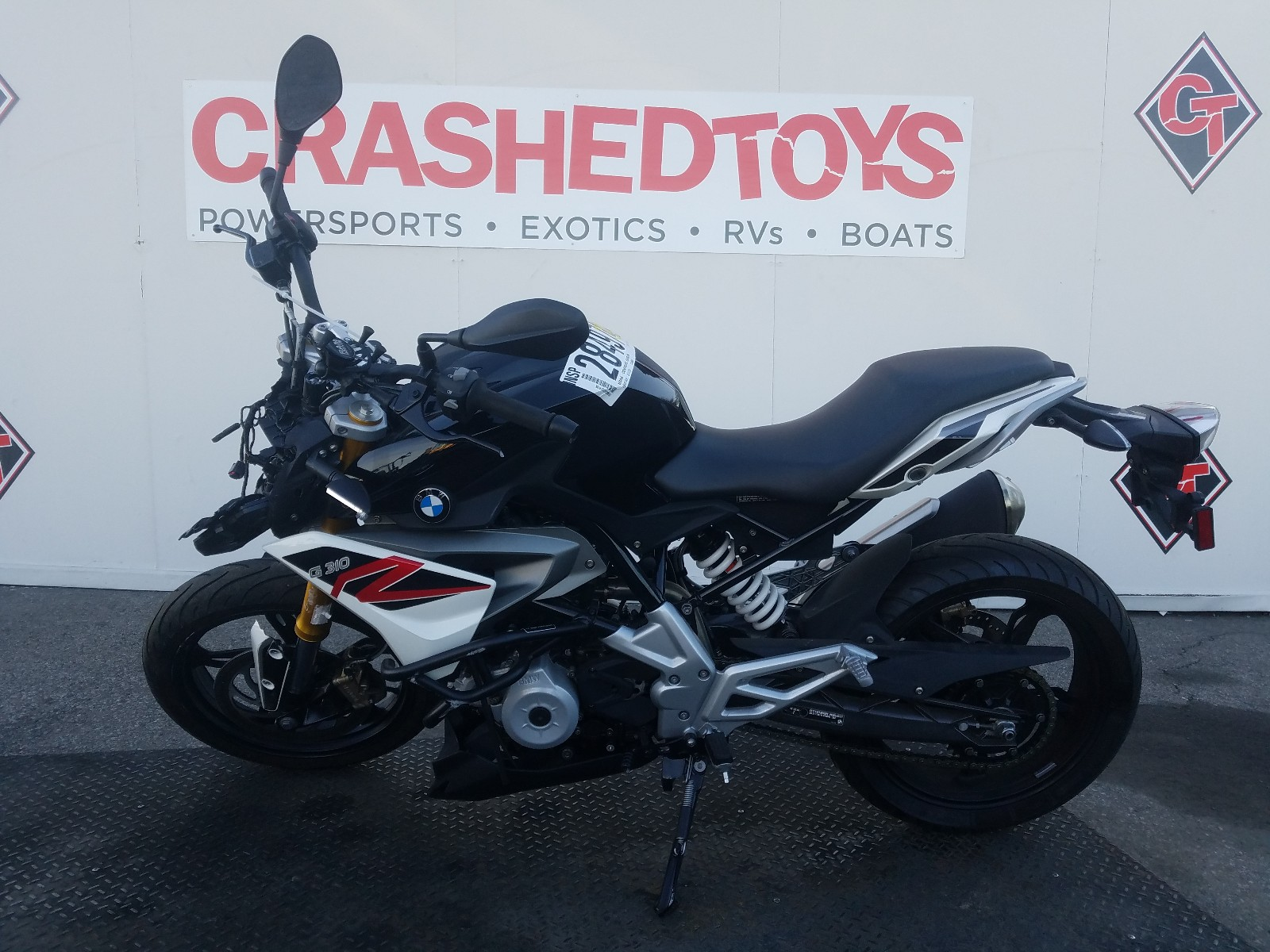 WB30G1105KR857854 - 2019 Bmw G310 R 1 [Angle] View
