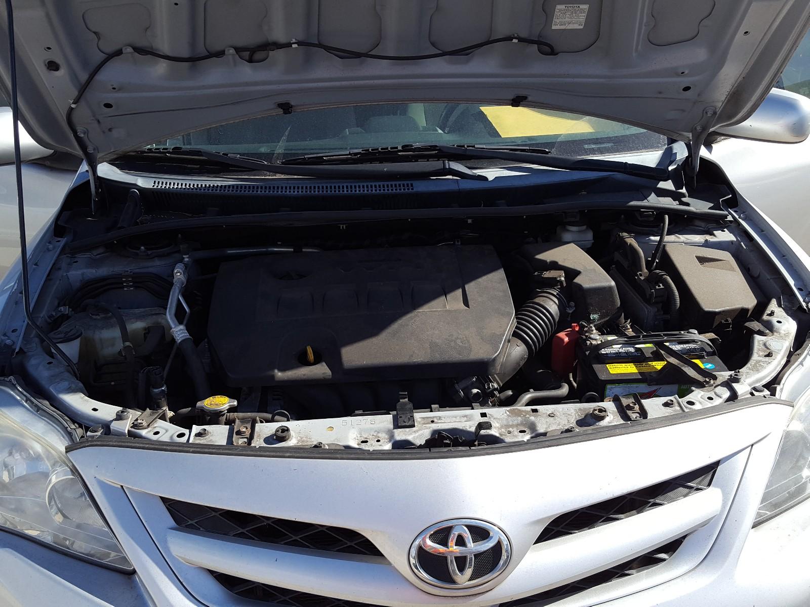 2T1BU4EE0CC763011 - 2012 Toyota Corolla Ba 1.8L inside view