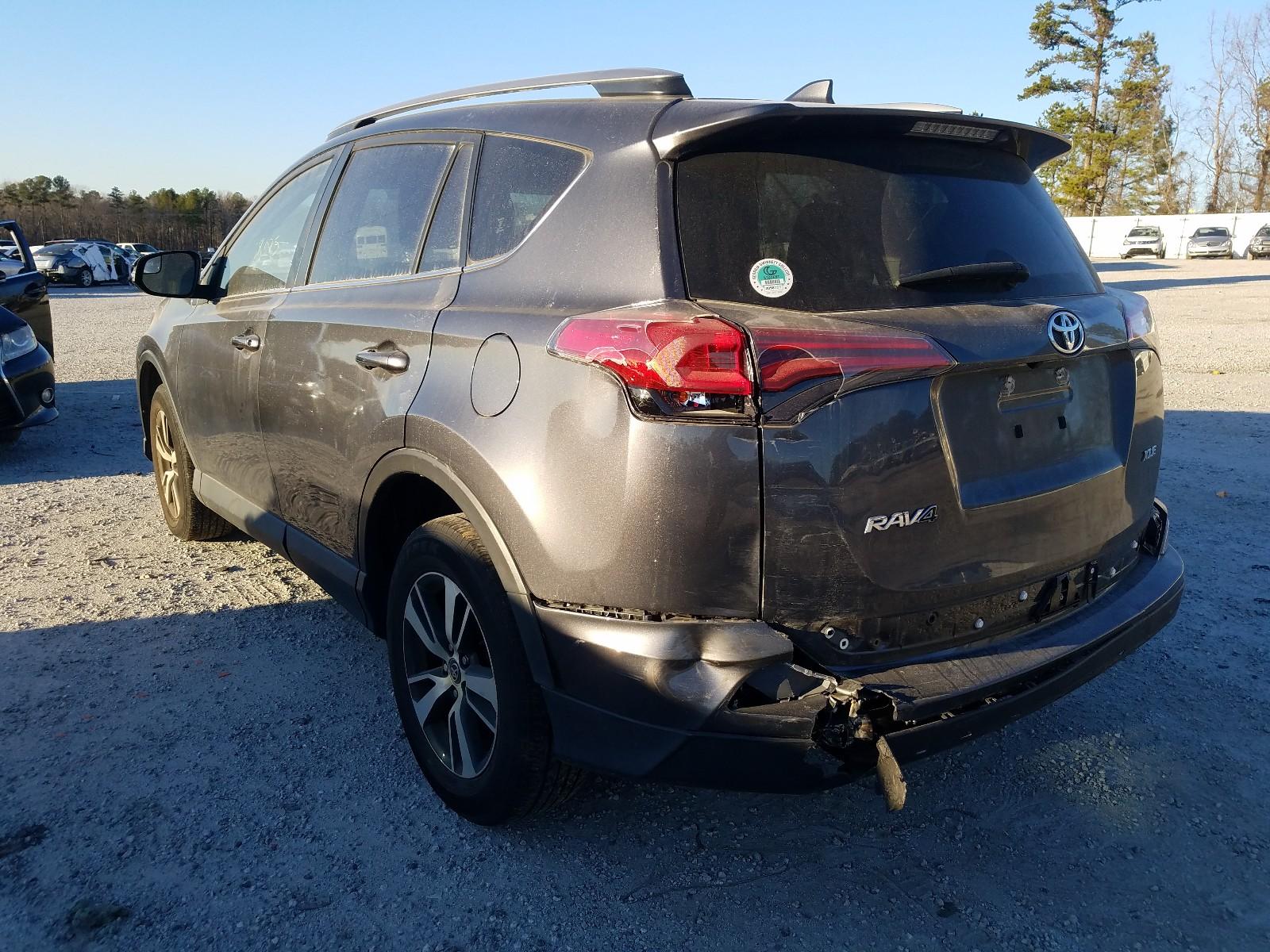 JTMWFREV7HD104796 - 2017 Toyota Rav4 Xle 2.5L [Angle] View