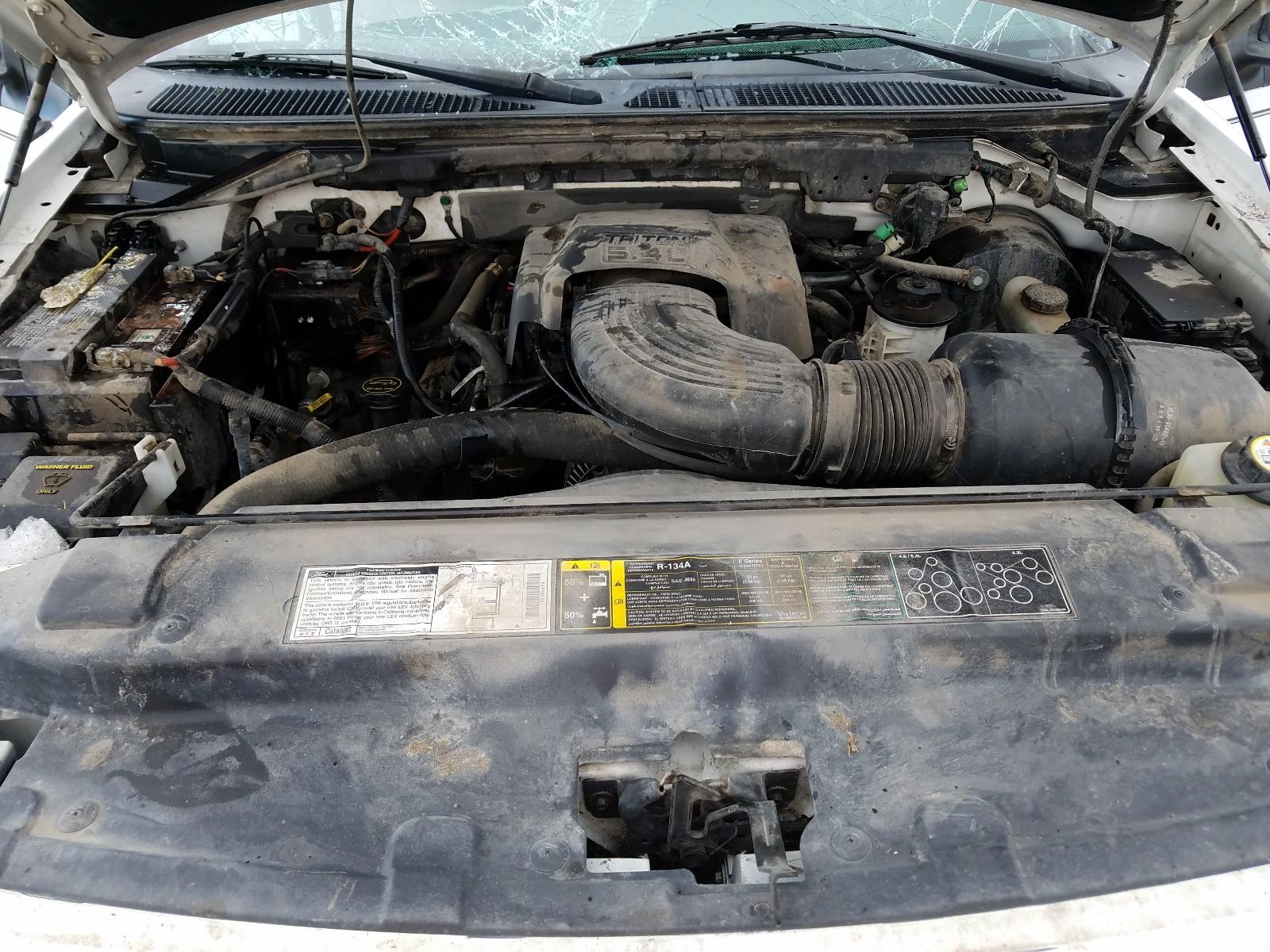 1FTRW08L01KB33707 - 2001 Ford F150 Super 5.4L inside view