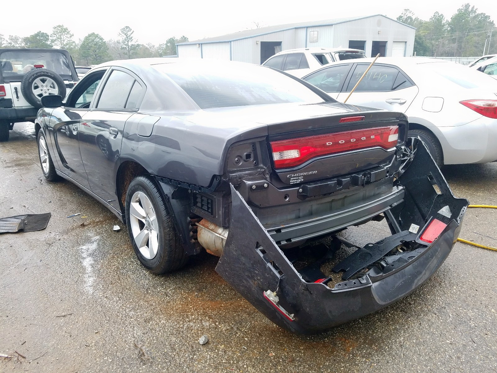 2C3CDXBG7EH130837 - 2014 Dodge Charger Se 3.6L [Angle] View
