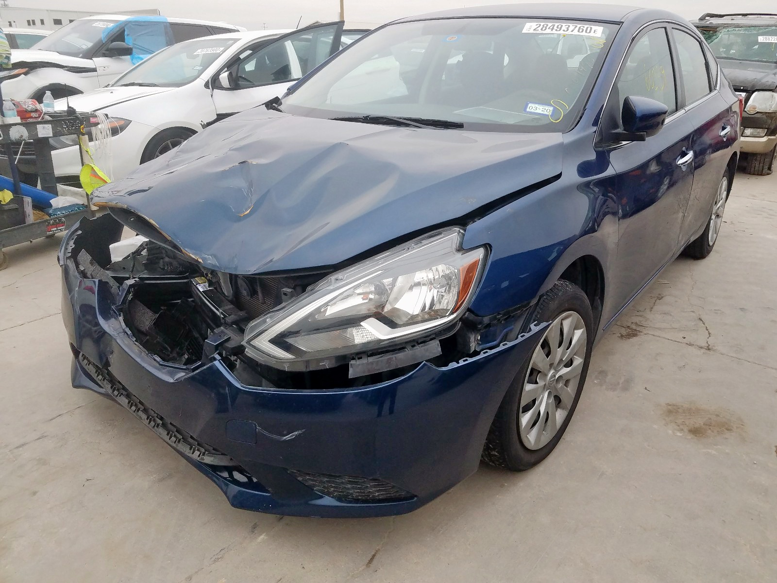 3N1AB7AP0GY210796 - 2016 Nissan Sentra S 1.8L Right View