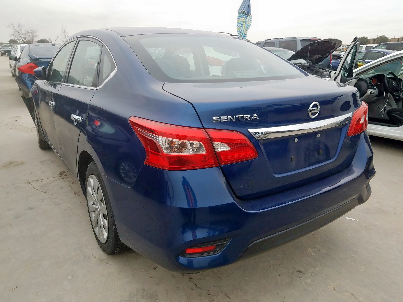 3N1AB7AP0GY210796 - 2016 Nissan Sentra S 1.8L [Angle] View