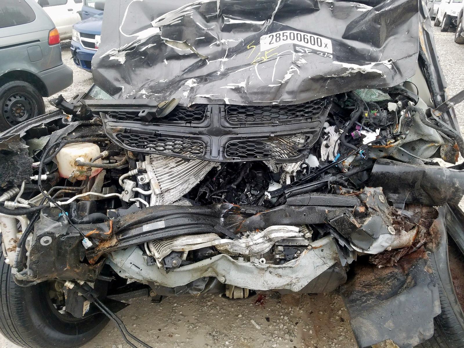 3C4PDCAB6JT448025 - 2018 Dodge Journey Se 2.4L inside view
