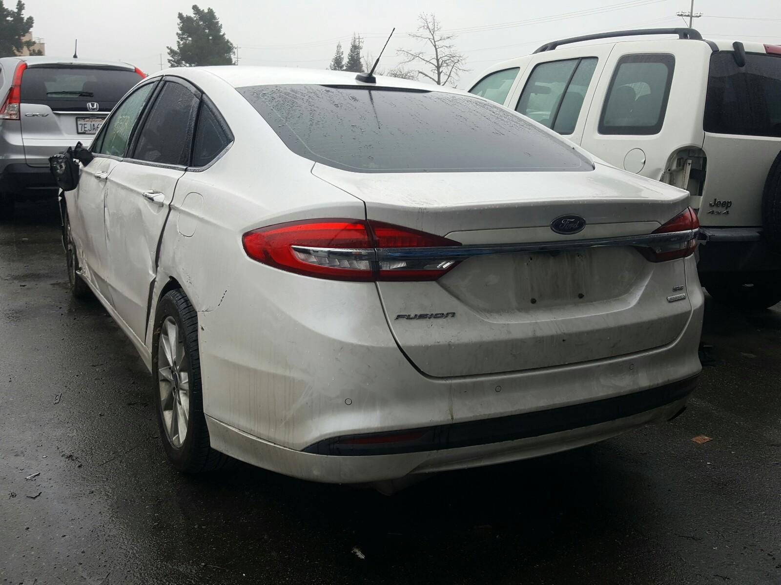 3FA6P0HD9HR110480 - 2017 Ford Fusion Se 1.5L [Angle] View