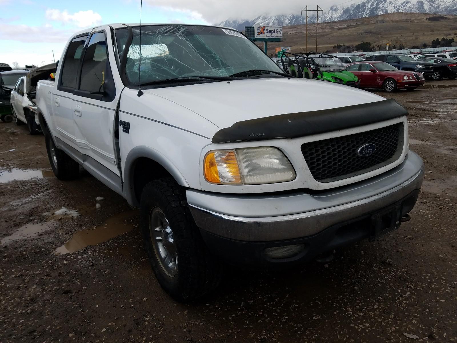 1FTRW08L01KB33707 - 2001 Ford F150 Super 5.4L Left View