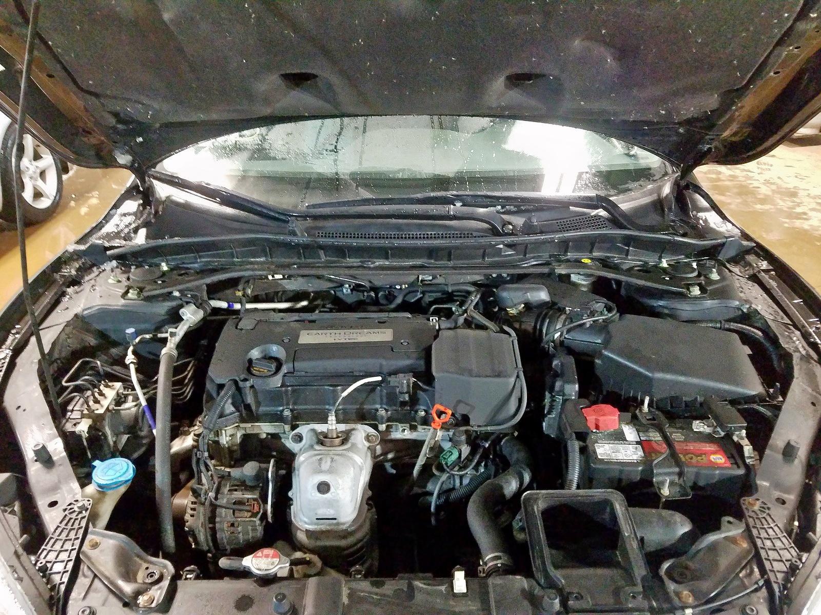 1HGCR2F5XEA126161 - 2014 Honda Accord Spo 2.4L inside view