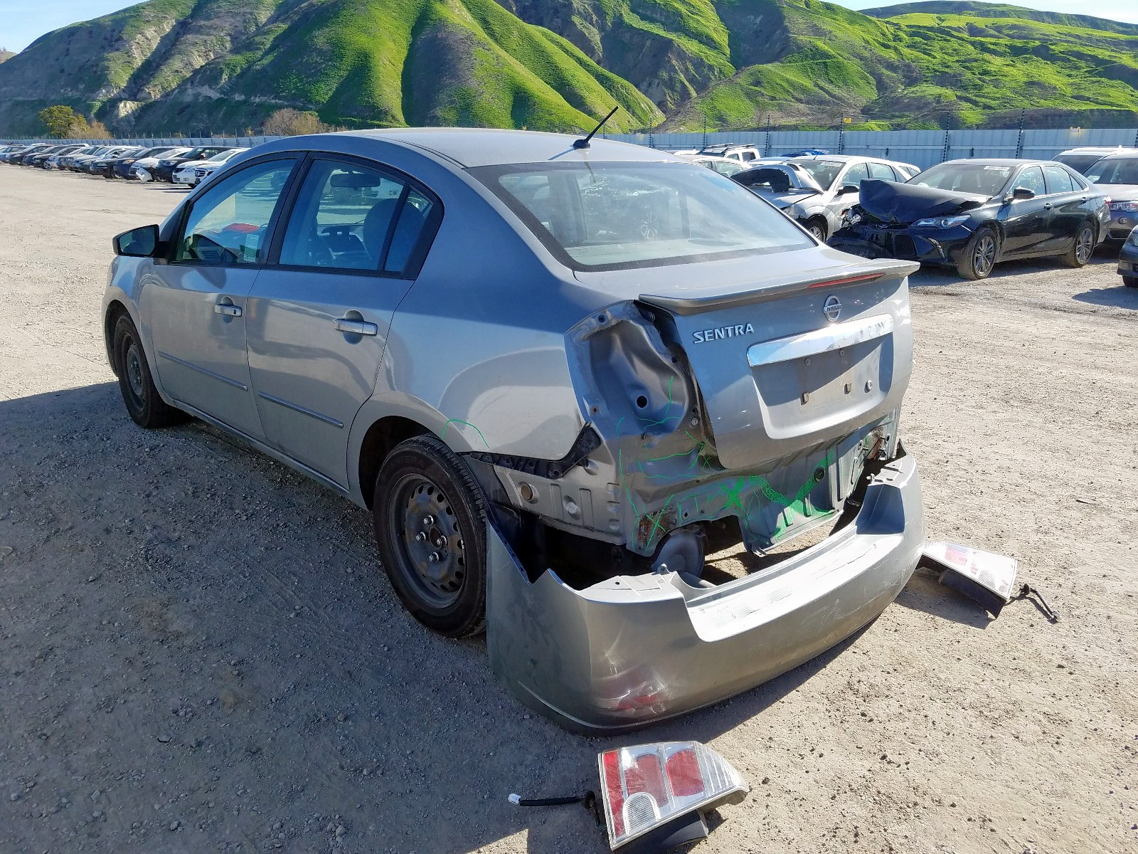 3N1AB6AP5CL773893 - 2012 Nissan Sentra 2.0 2.0L [Angle] View