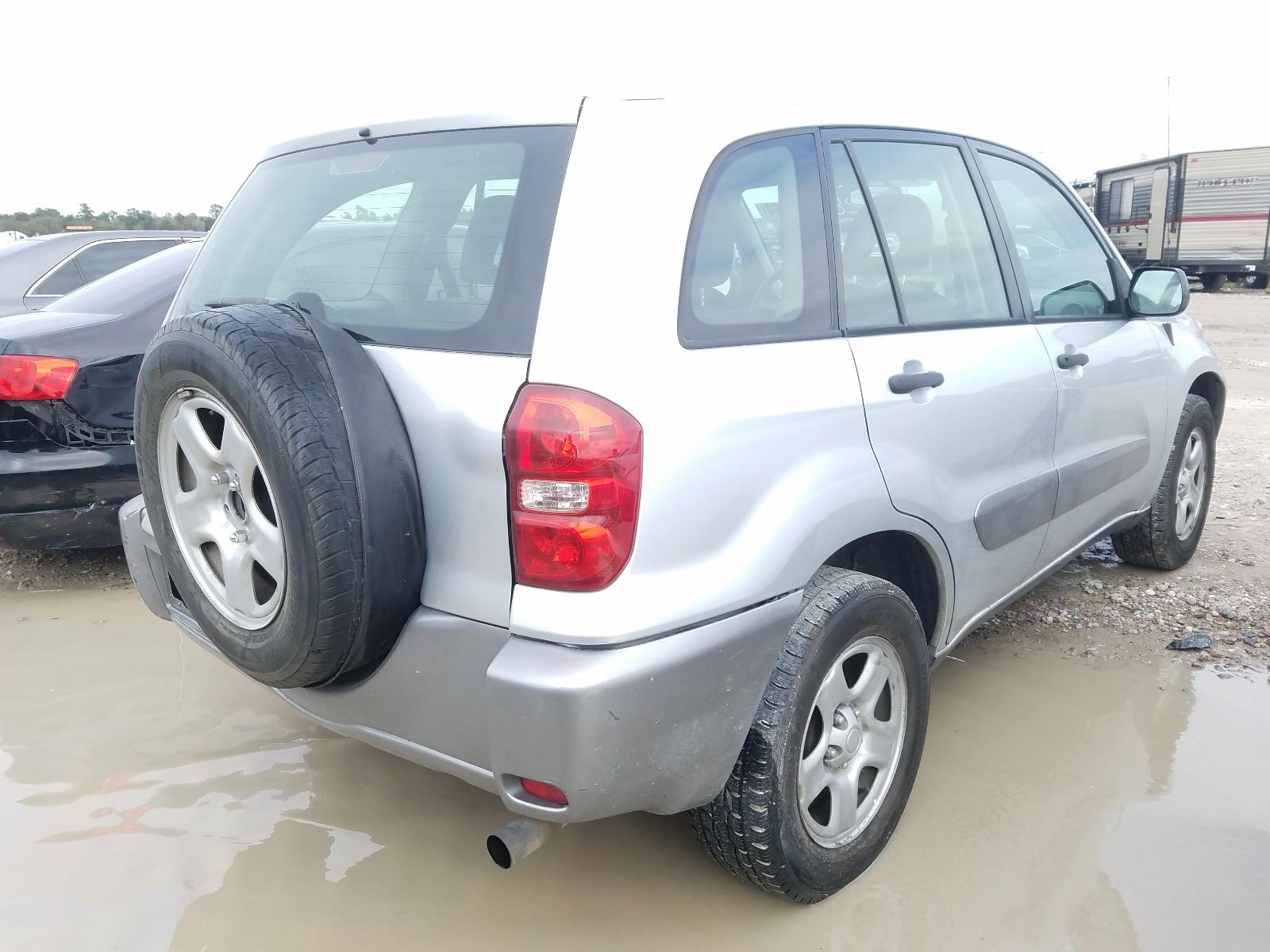 JTEGD20V740042385 - 2004 Toyota Rav4 2.4L rear view