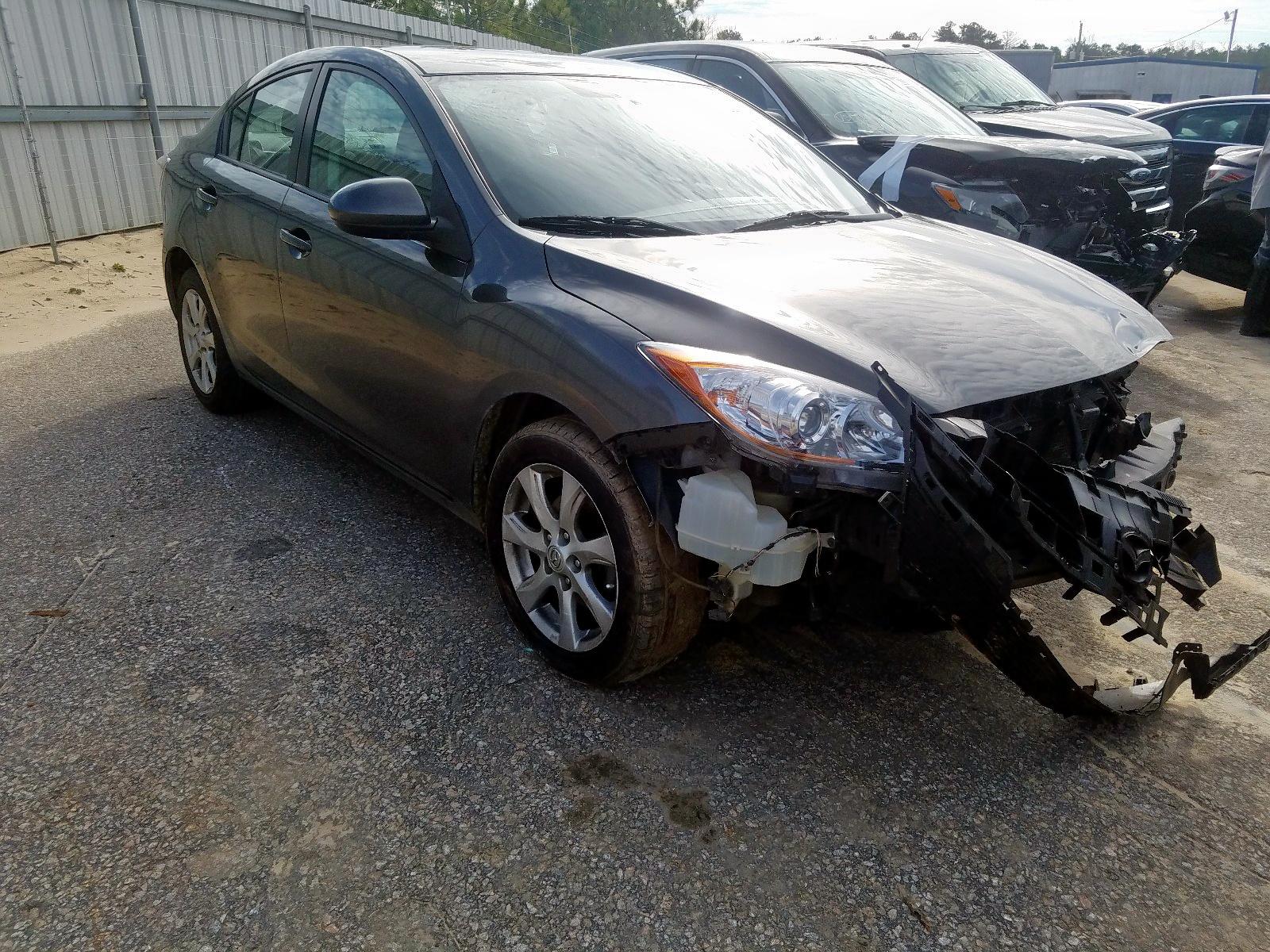 2010 Mazda 3 I
