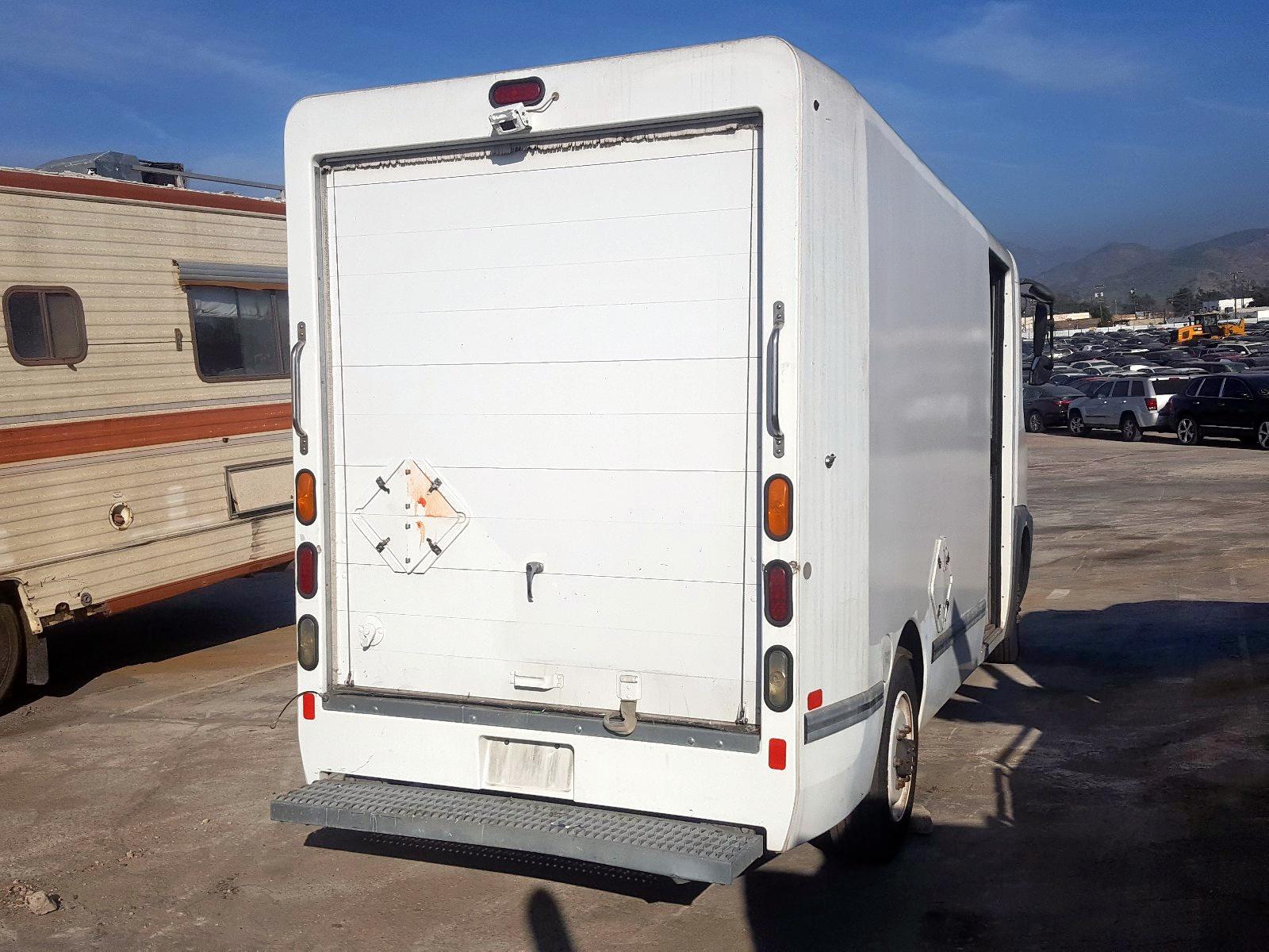 52UJTE1F0BP696578 - 2011 International Estar rear view