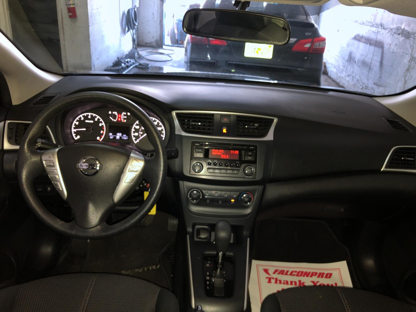 3N1AB7AP7GY245674 - 2016 Nissan Sentra S 1.8L engine view