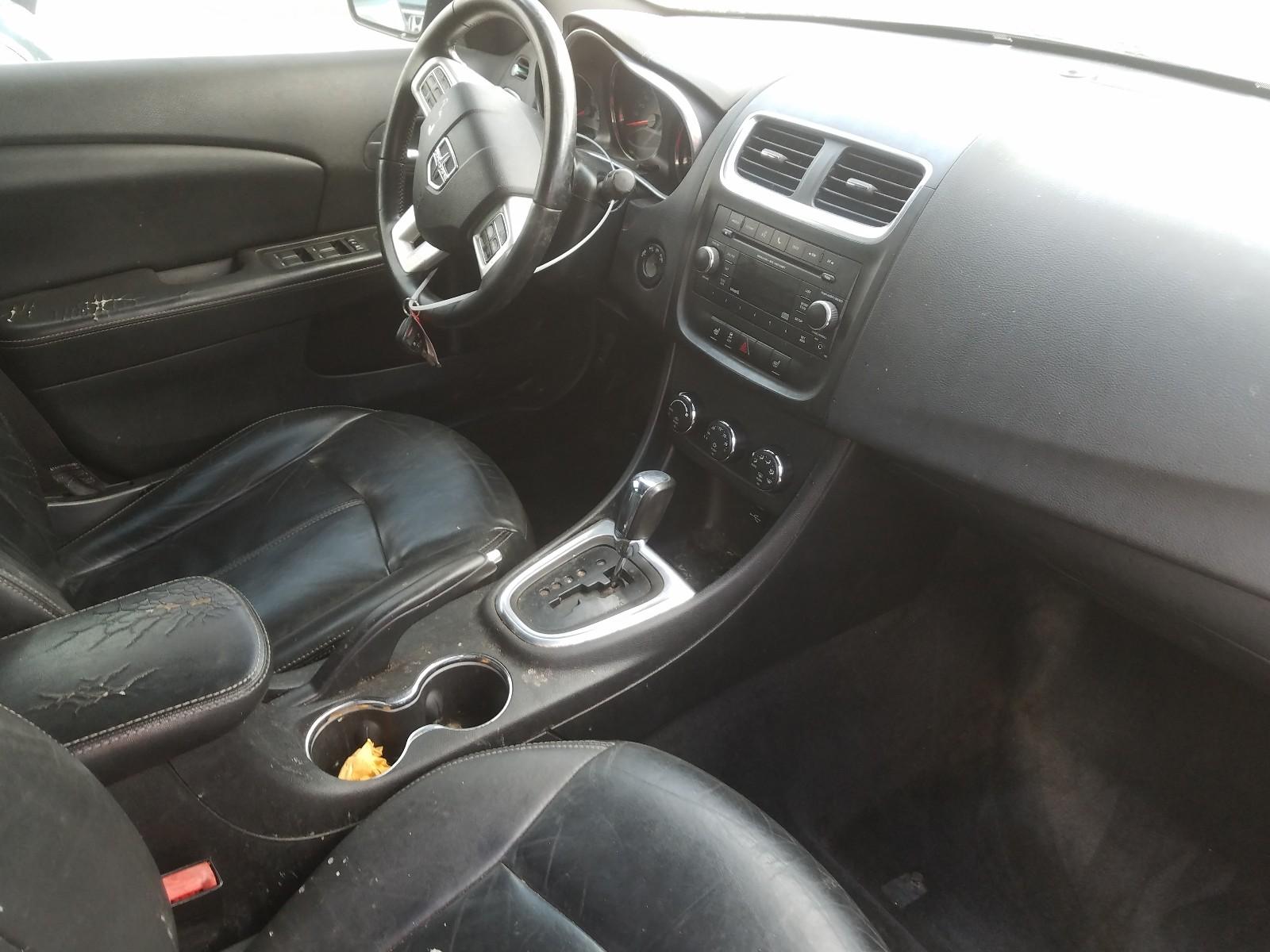 1C3CDZCB4DN693221 - 2013 Dodge Avenger Sx 2.4L engine view
