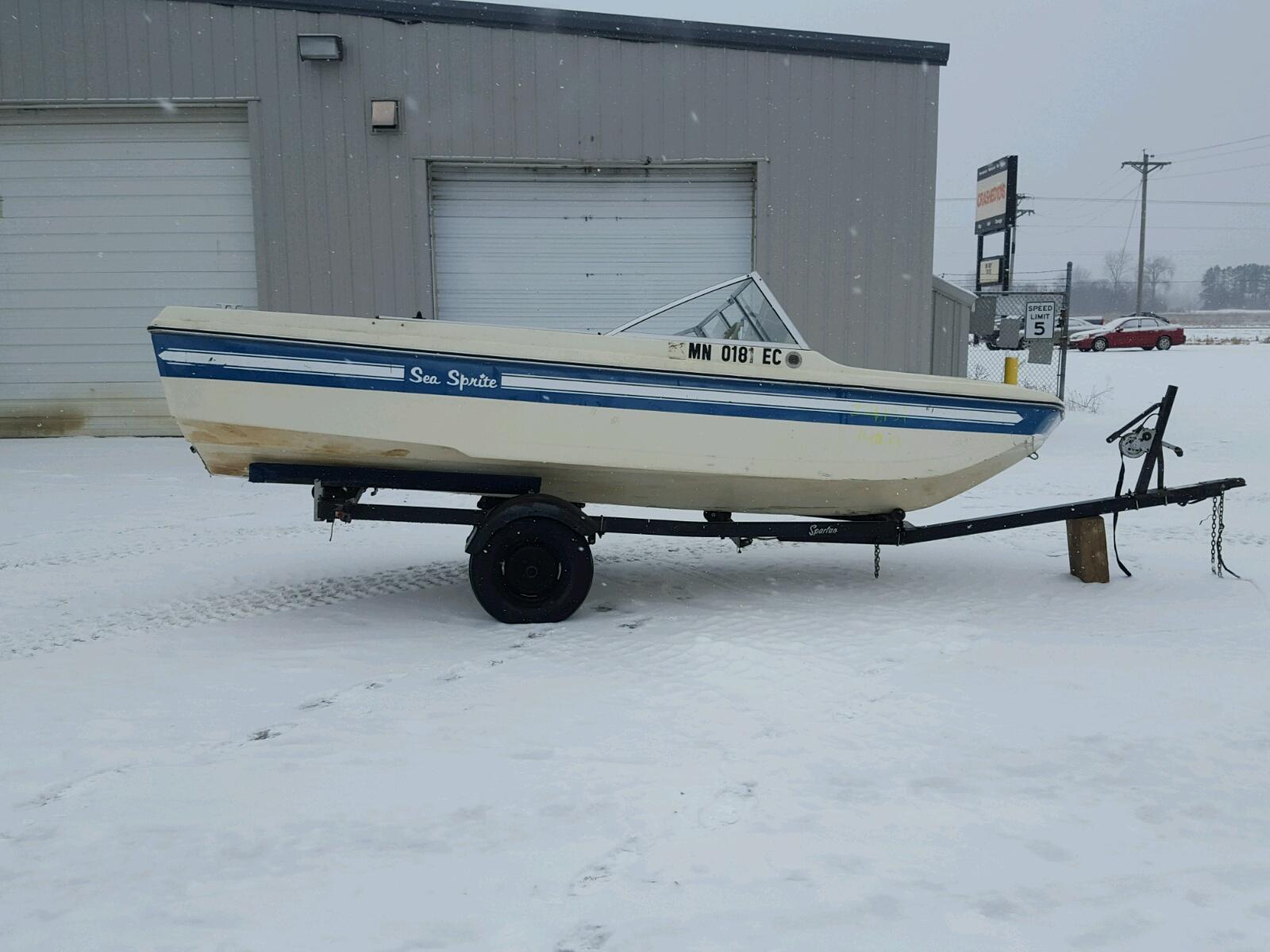 Salvage 1973 Sea Sprite BOAT for sale