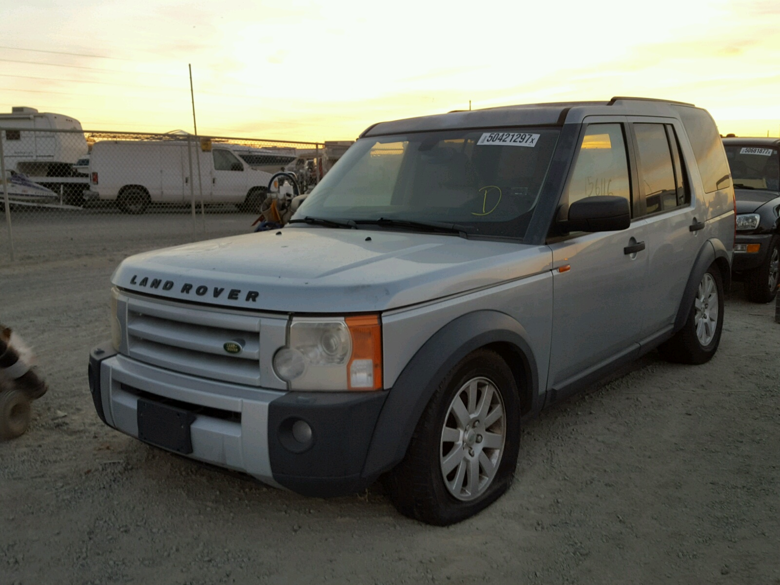 title denver auctions view co land se carfinder sale en online south landrover salvage for rover auto lot white in on copart vehicle left