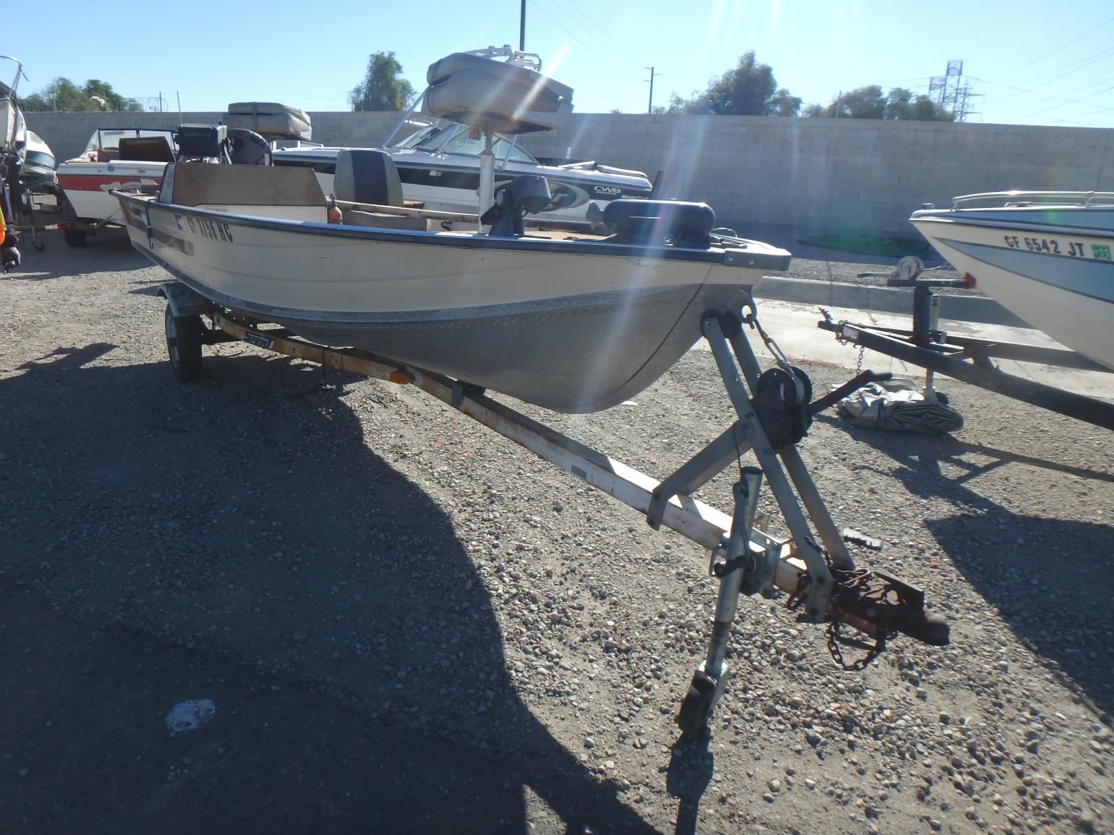 Salvage 1982 Star MARINE TRAILER for sale
