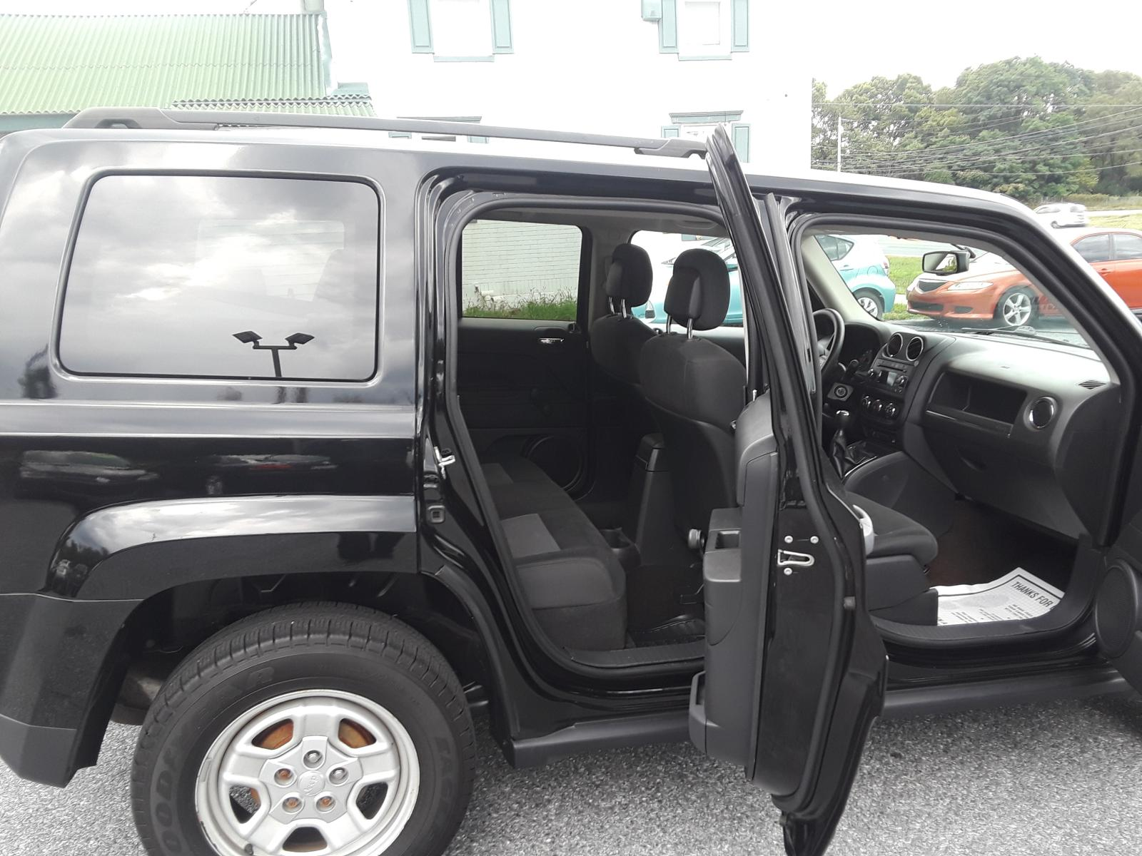 2013 Jeep Patriot Sp 2.0L detail view
