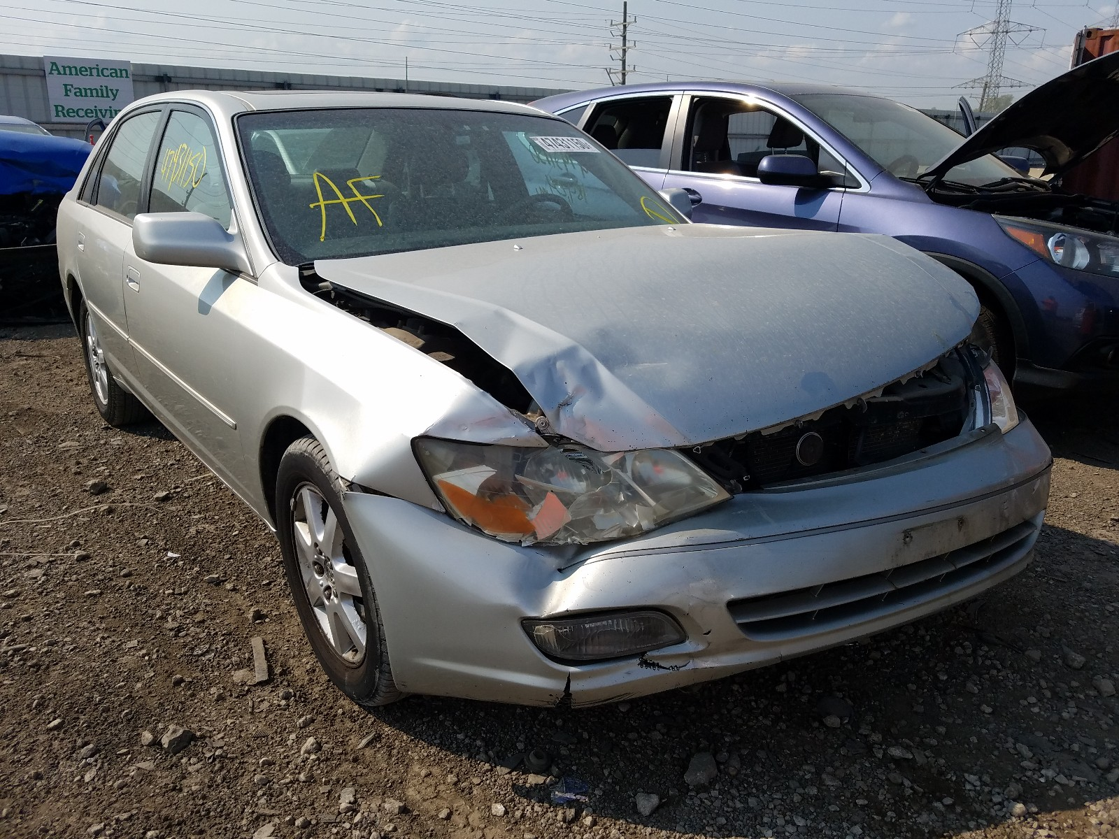 2000 toyota avalon xl for sale at copart elgin il lot 47431150 salvagereseller com salvagereseller com