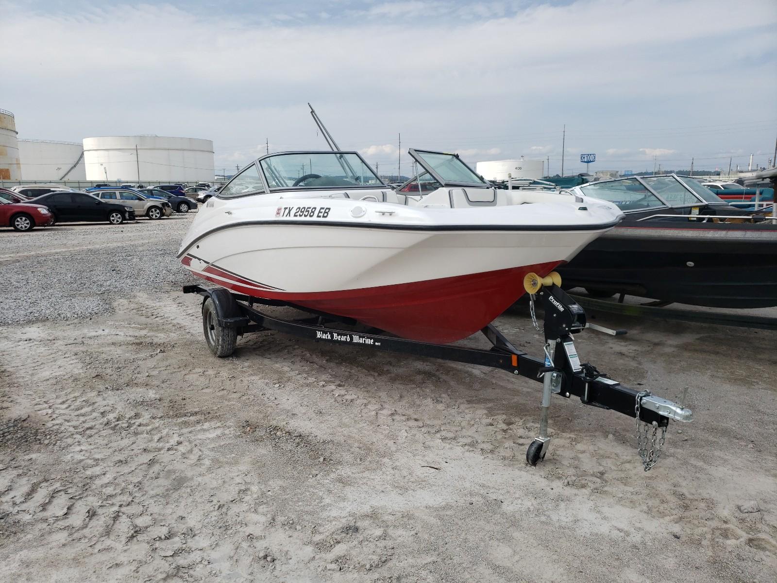 2018 Yamaha Boat