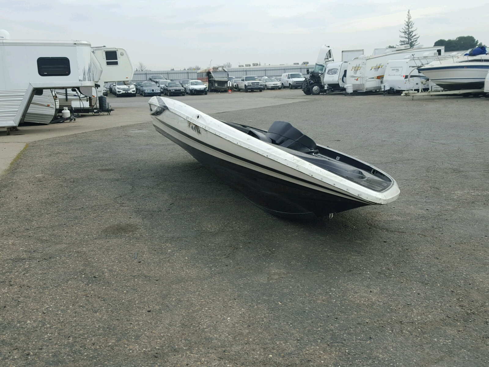 Salvage 2016 Triton BOAT for sale